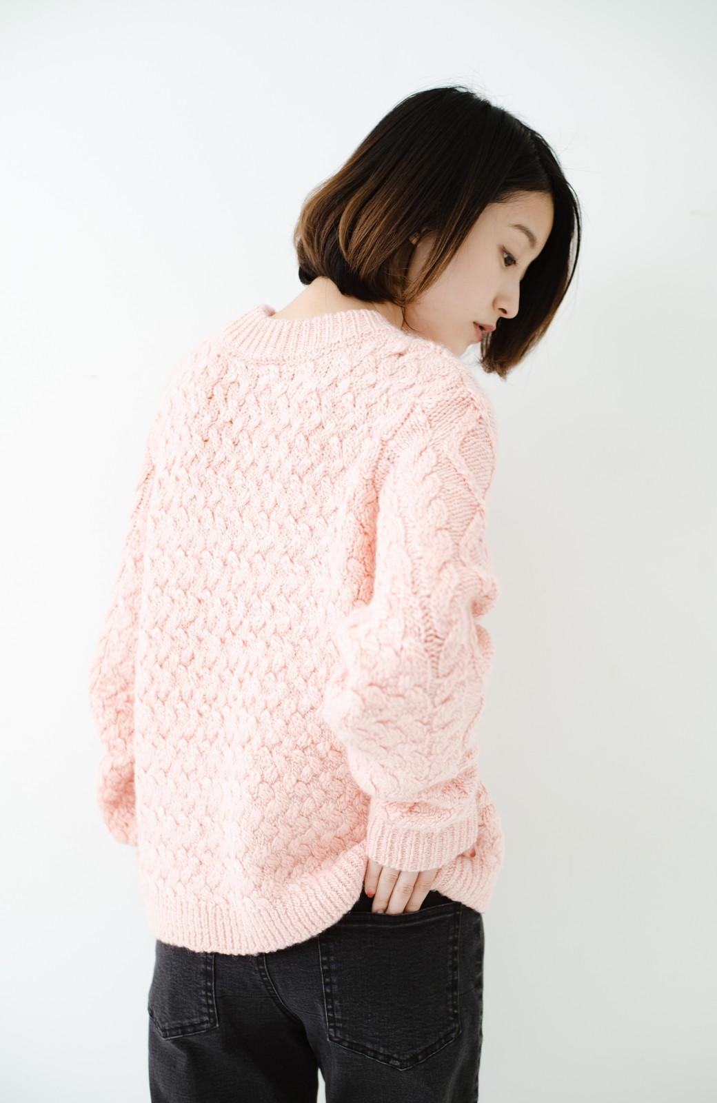 haco! 古着屋さんで見つけたようなもっふりケーブル編みセーター <ピンク>の商品写真17