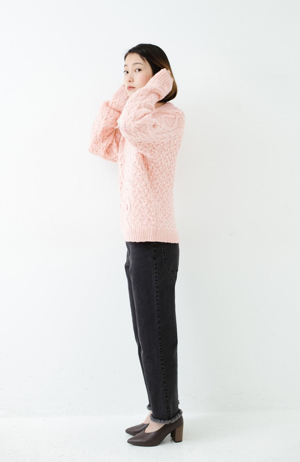 haco! 古着屋さんで見つけたようなもっふりケーブル編みセーター <ピンク>の商品写真10