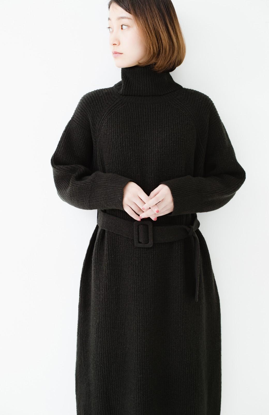 haco! 今っぽ女っぽ ベルト付きゆるタートルニットワンピ <ブラック>の商品写真18