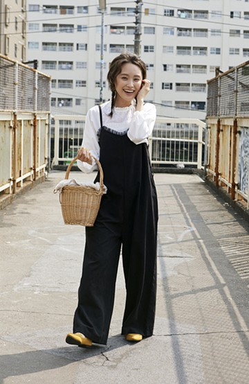 haco! <高橋愛さんコラボ>ラブ&ピースプロジェクト チュールポイントのベルト付きオールインワン <ブラック>の商品写真