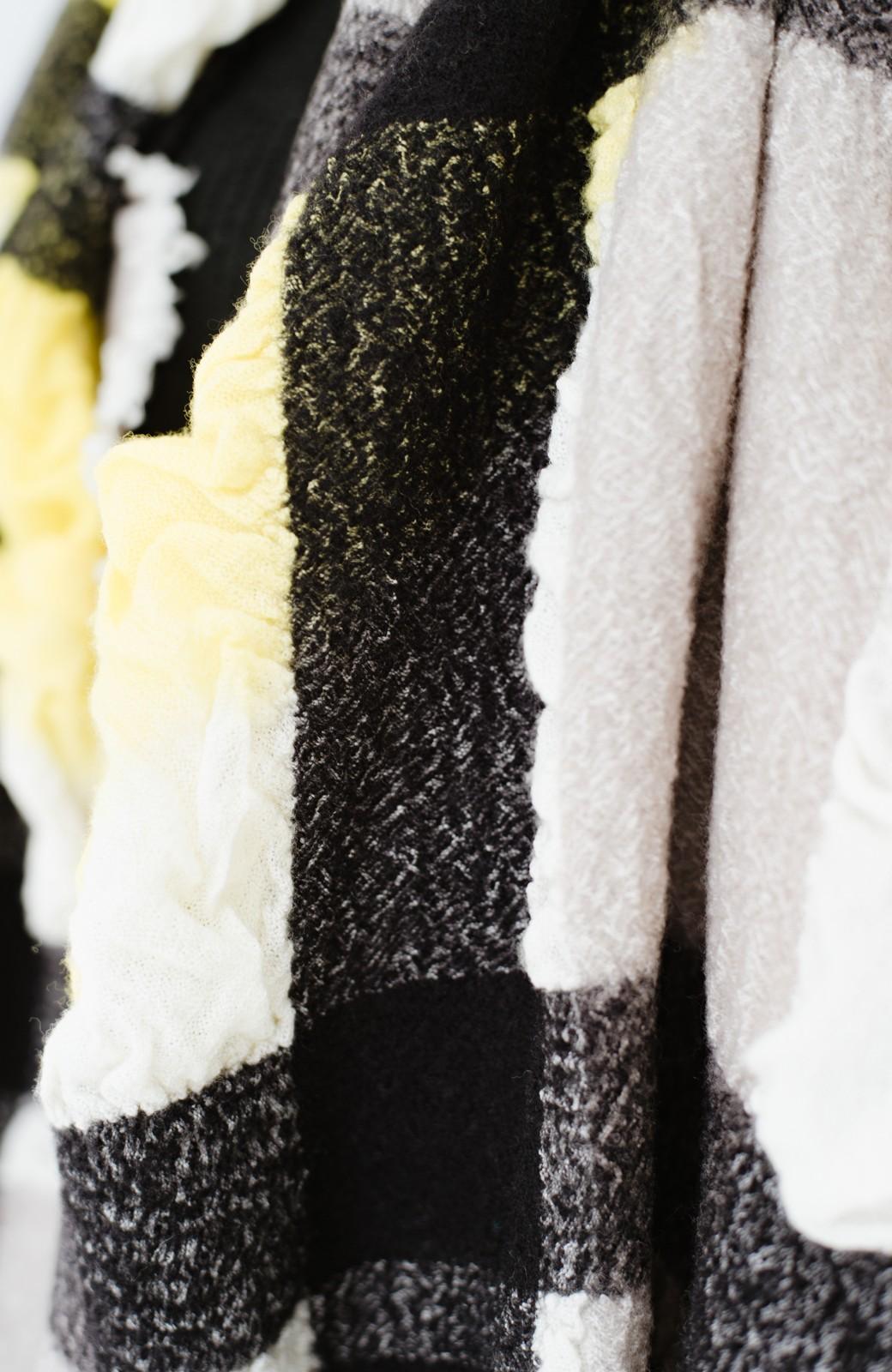 haco! てとひとて Qualia 手染めチェック柄バルーンストール <イエロー>の商品写真4