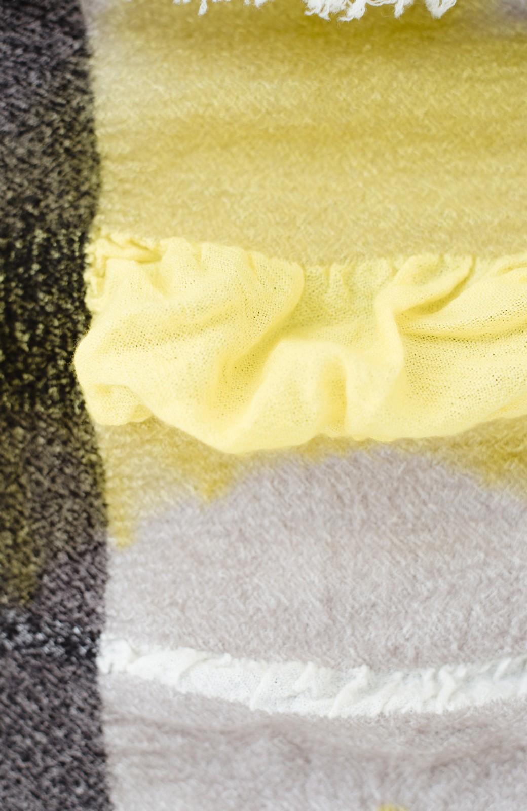 haco! てとひとて Qualia 手染めチェック柄バルーンストール <イエロー>の商品写真6