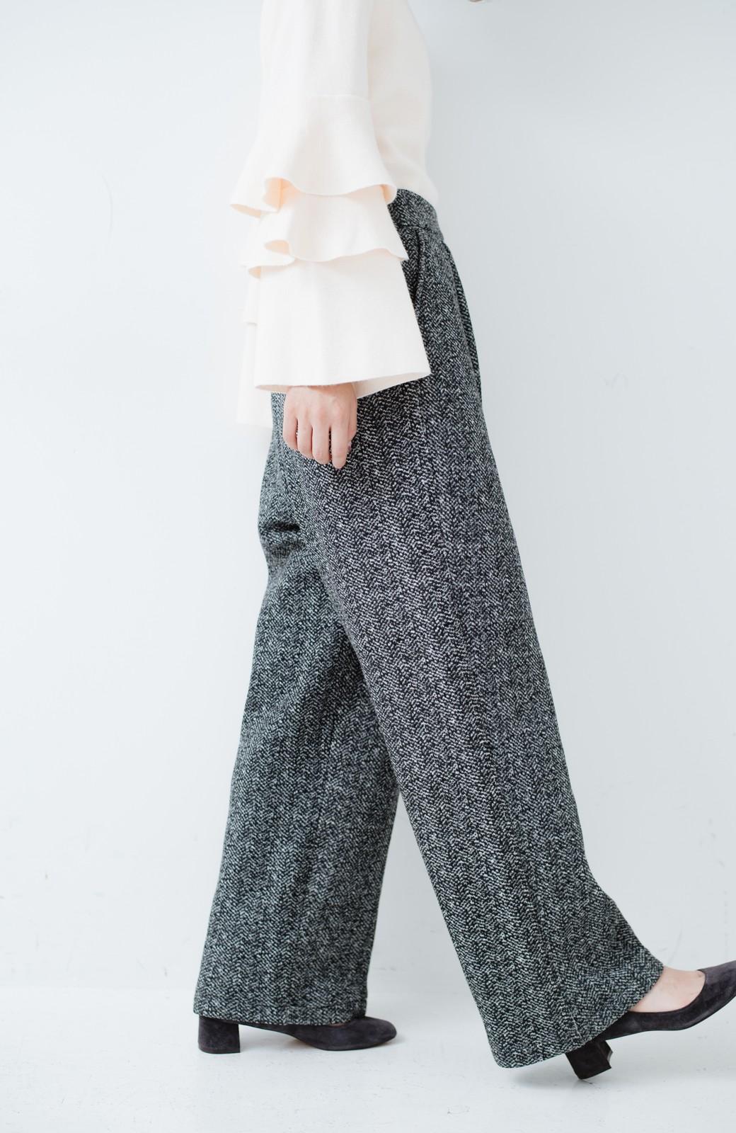 haco! きれいに見せつつ実は暖かい ヘリンボーンプリントワイドパンツ <ホワイト×ブラック>の商品写真7
