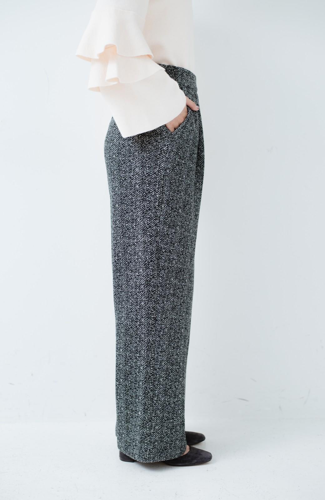 haco! きれいに見せつつ実は暖かい ヘリンボーンプリントワイドパンツ <ホワイト×ブラック>の商品写真9