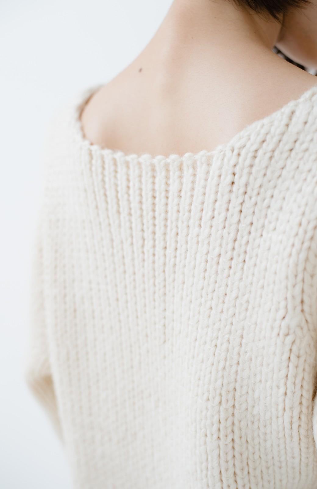 haco! さりげなく女っぽい 手編み風ざっくりニット <アイボリー>の商品写真3