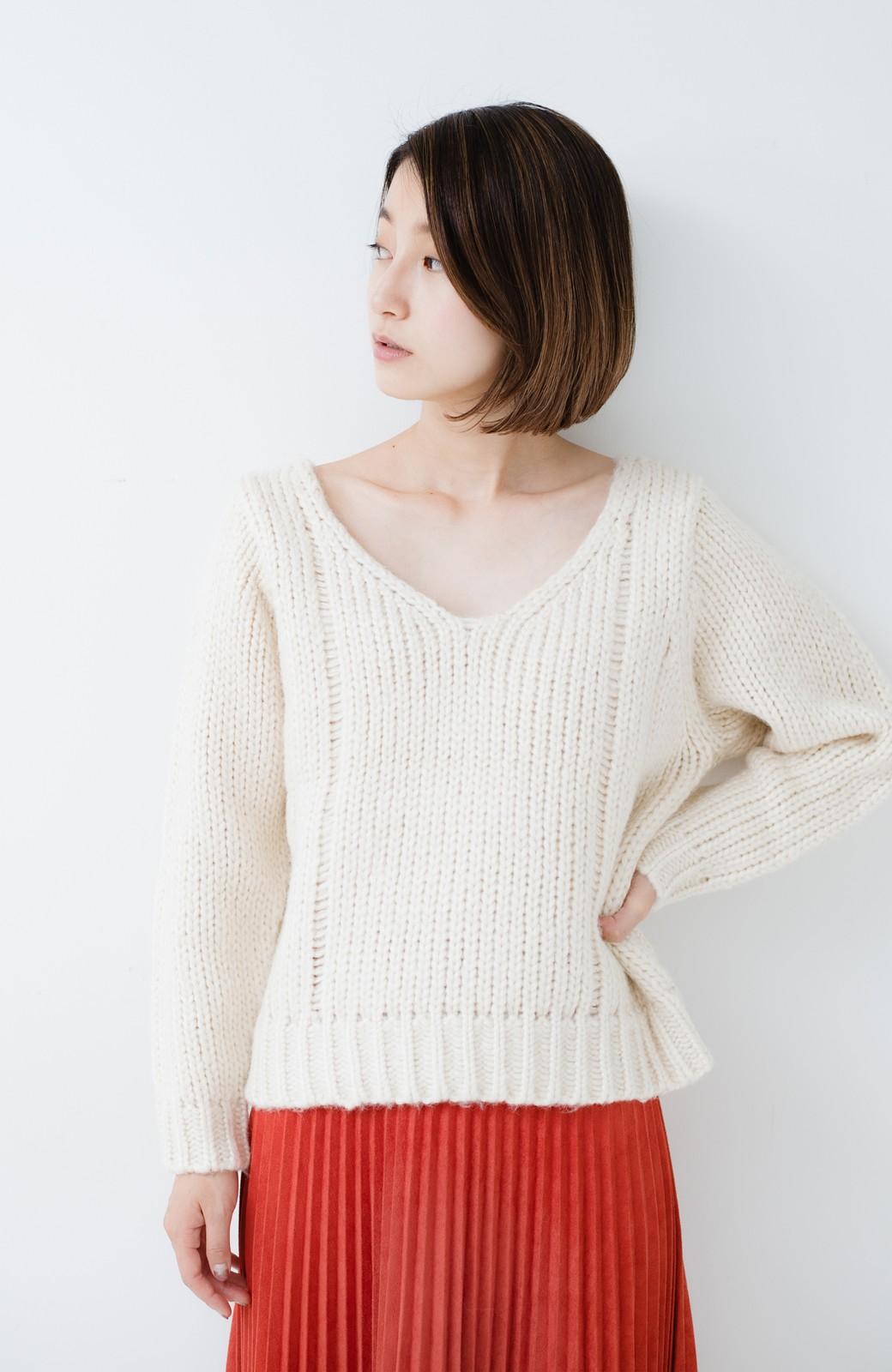haco! さりげなく女っぽい 手編み風ざっくりニット <アイボリー>の商品写真12