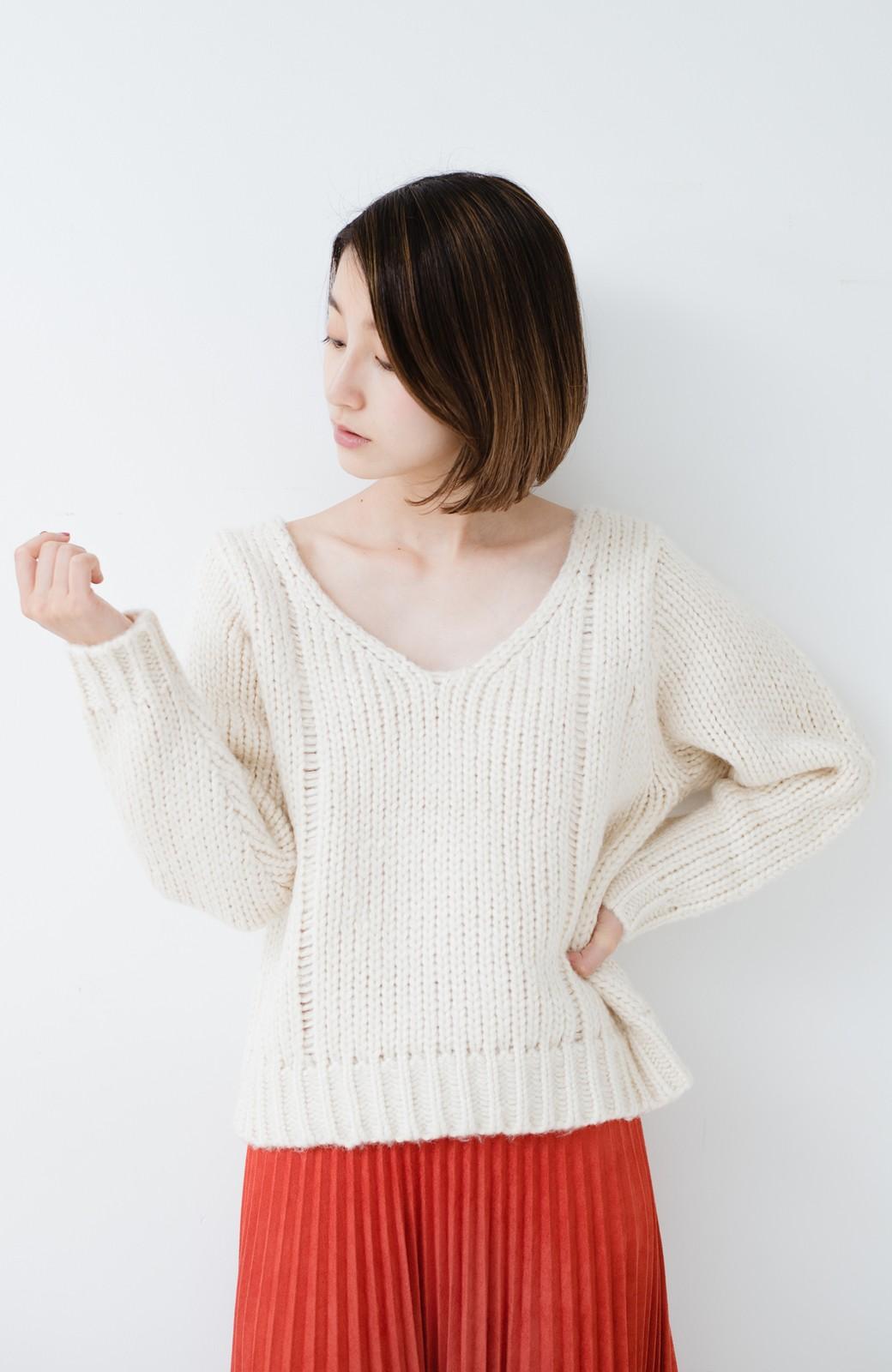 haco! さりげなく女っぽい 手編み風ざっくりニット <アイボリー>の商品写真13