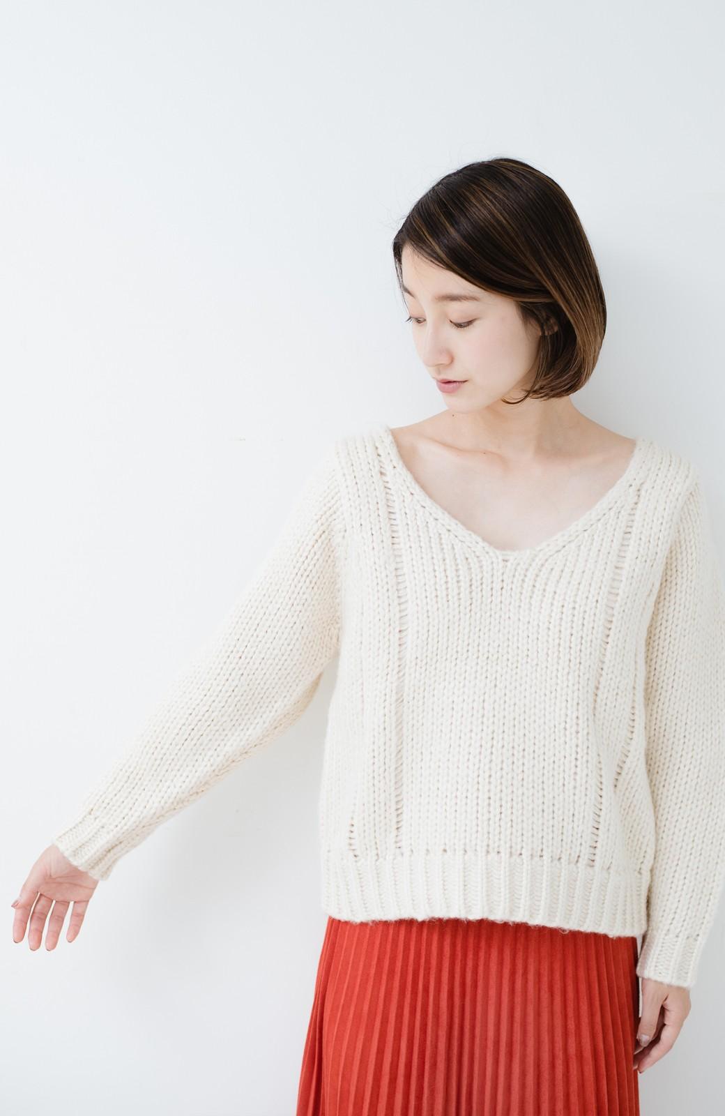 haco! さりげなく女っぽい 手編み風ざっくりニット <アイボリー>の商品写真15