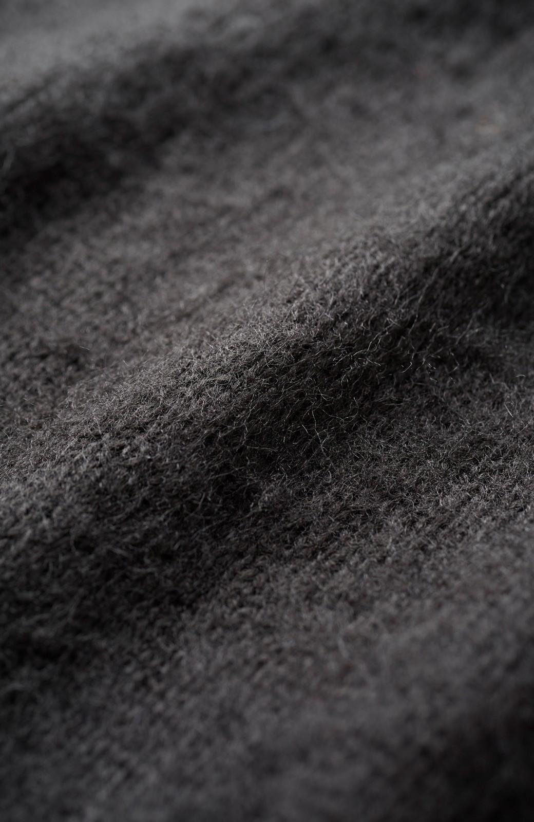haco! 古着屋さんにありそうなビーズモチーフのふんわりニット <ブラック>の商品写真2