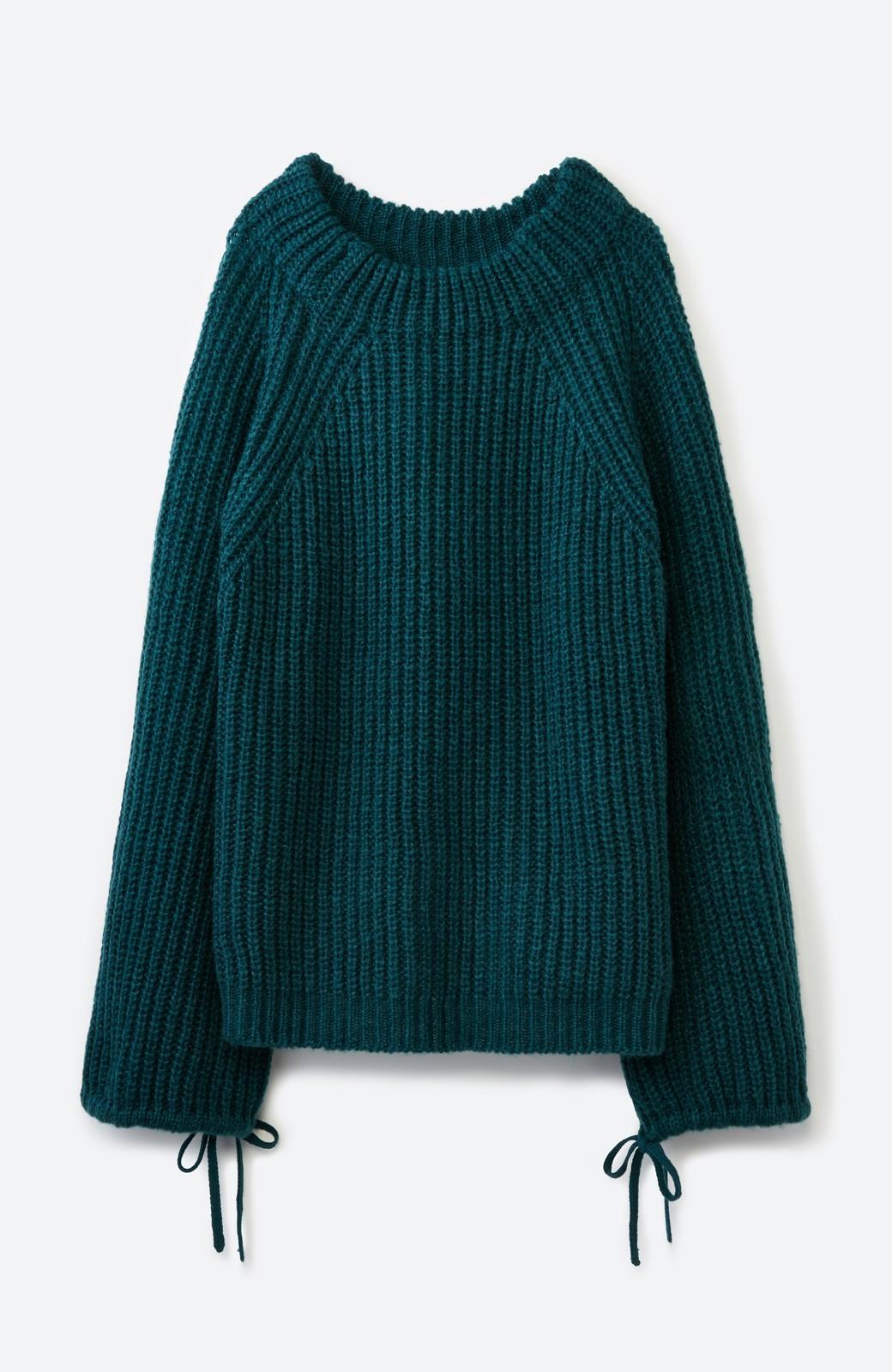 haco! ボリューム感が華奢見せさせる 袖リボンあぜ編みニット <グリーン>の商品写真2