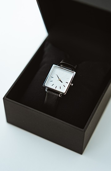 haco! STEVEN ALAN HALF DAY 腕時計 <ブラック×シルバー>の商品写真