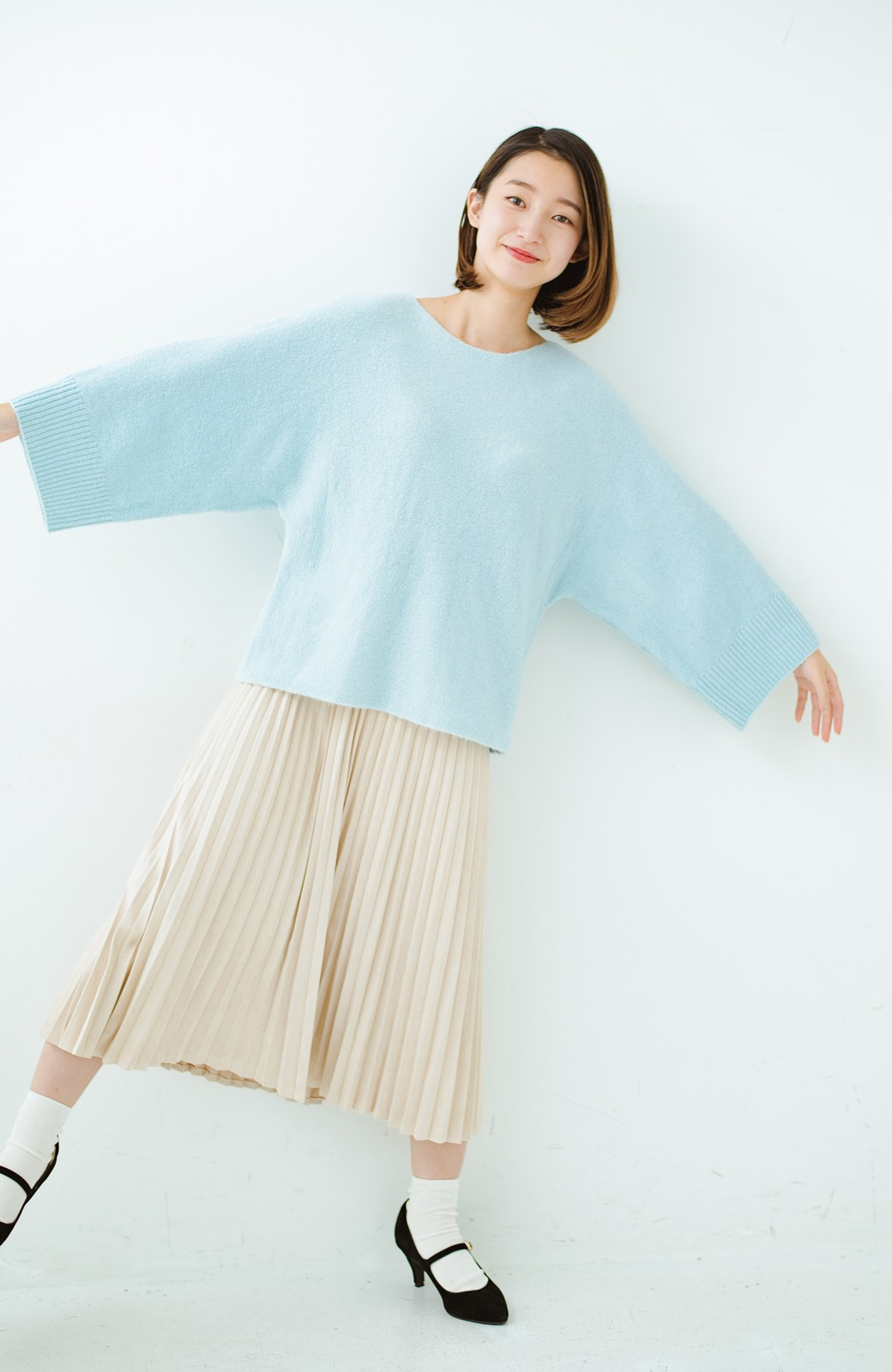 haco! 太め袖がかわいい横編みプルオーバーニット <ライトブルー>の商品写真11