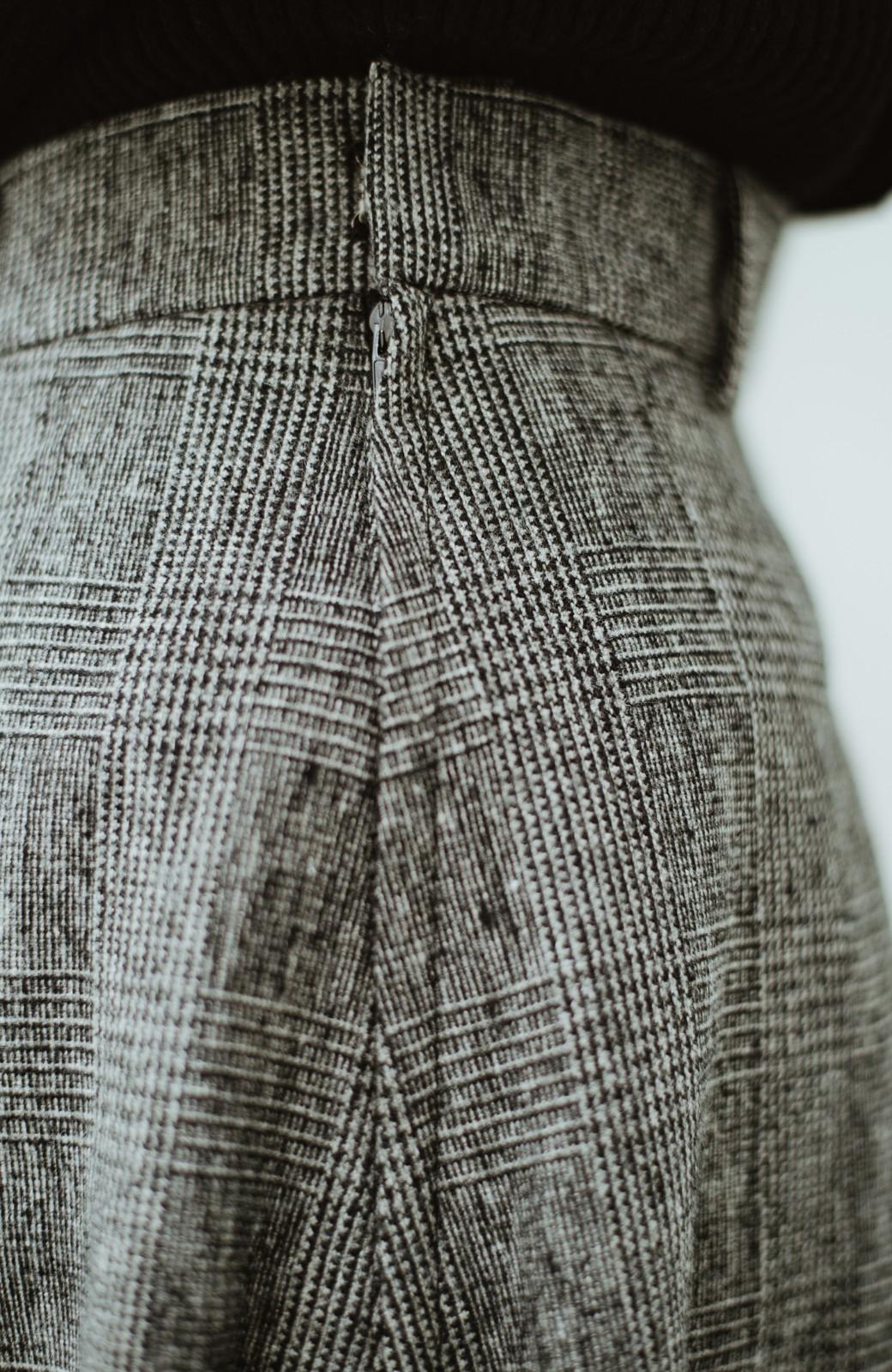 haco! グレンチェックのフレアースカート <ブラック×グレー>の商品写真5