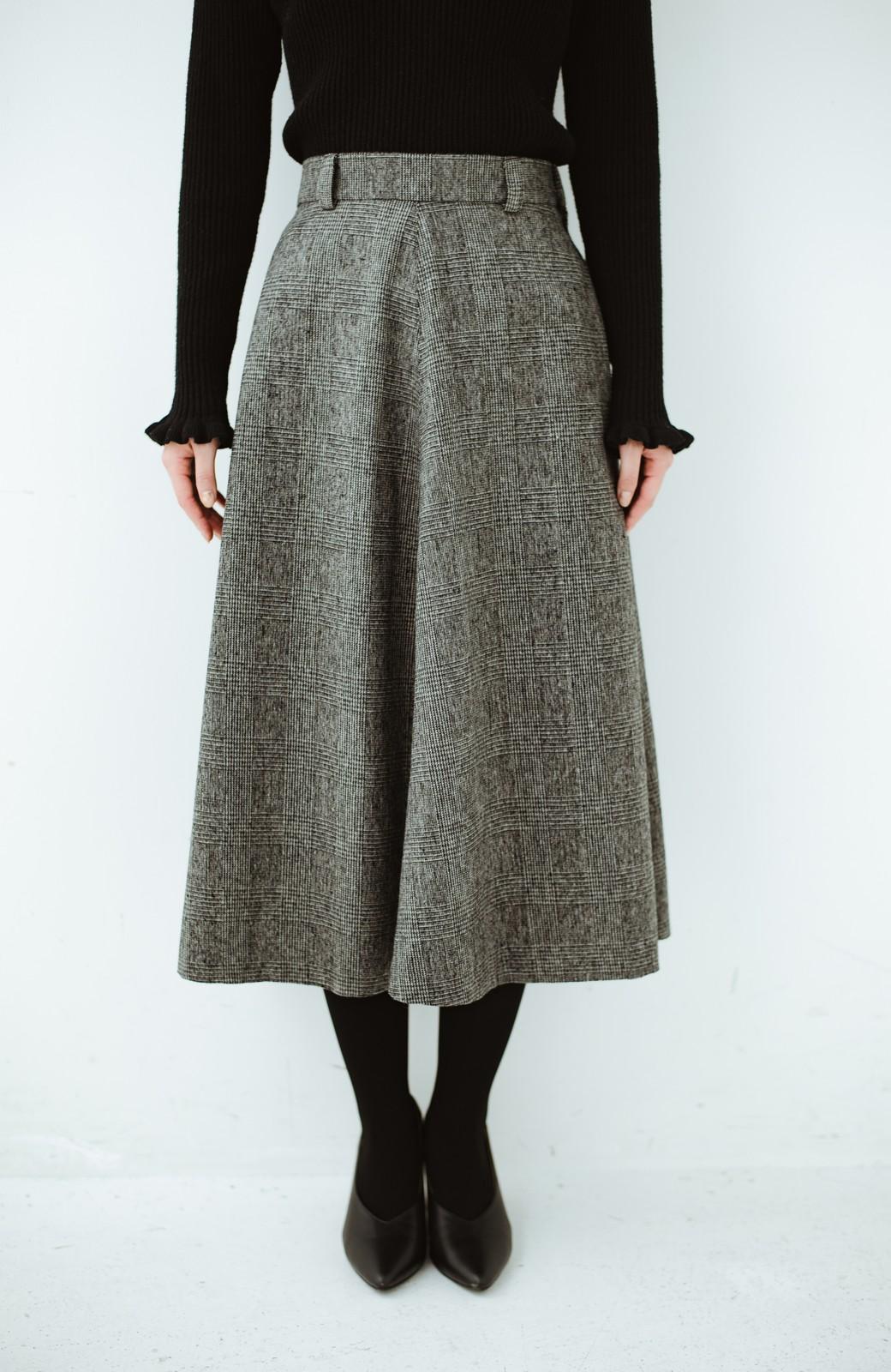 haco! グレンチェックのフレアースカート <ブラック×グレー>の商品写真1
