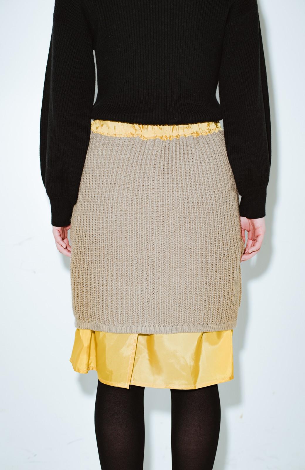 haco! co&tion POTTOニットスカート【アーティスト作品1点もの】 <ライトブラウン>の商品写真3