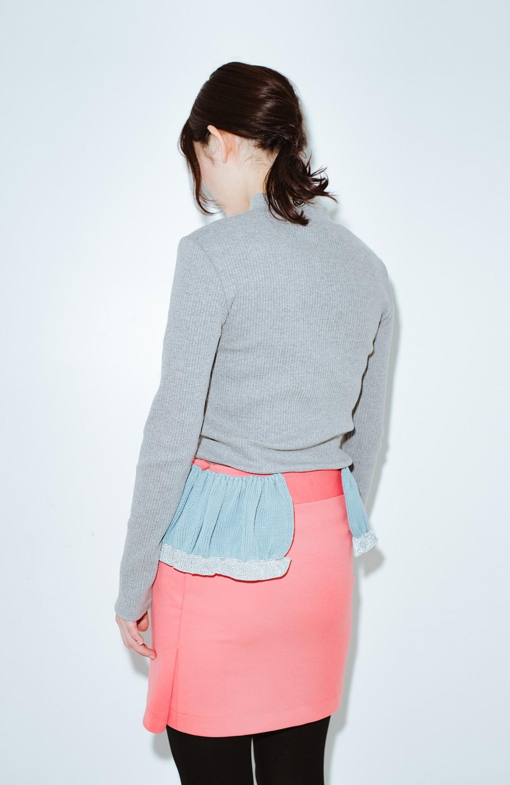 haco! co&tion accoニットフリルのスカート【アーティスト作品1点もの】 <サーモンピンク>の商品写真11