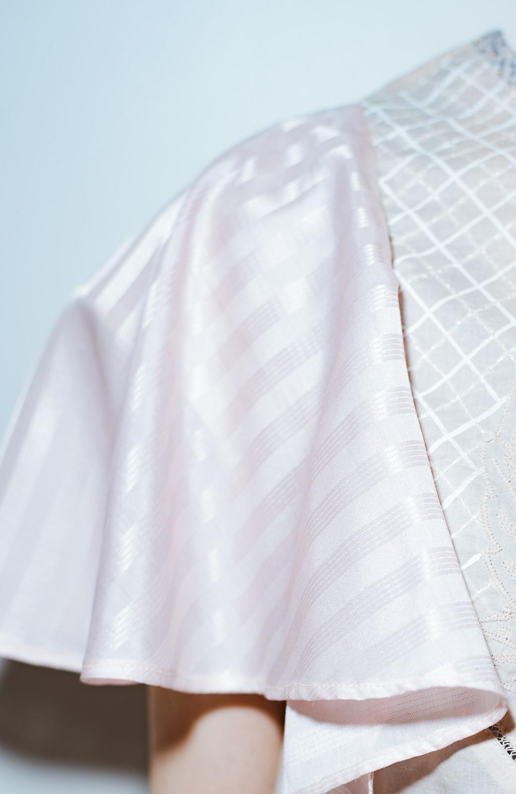 haco! co&tion acco袖フレアブラウス【アーティスト作品1点もの】 <ピンク>の商品写真5
