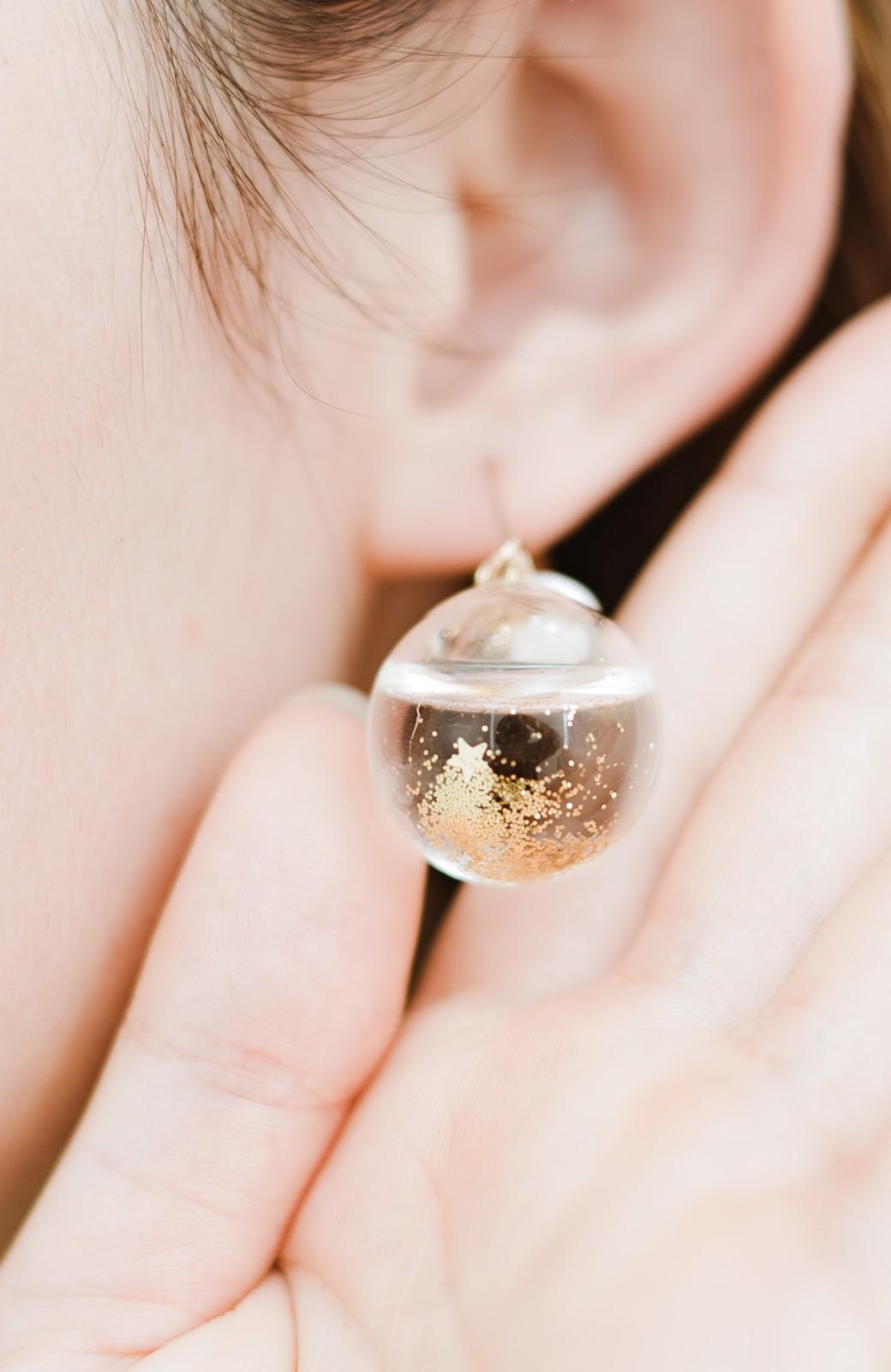 haco! てとひとて KANA MATSUNAMI チャリティー企画 Glass dome  French hookピアス <ゴールド>の商品写真10