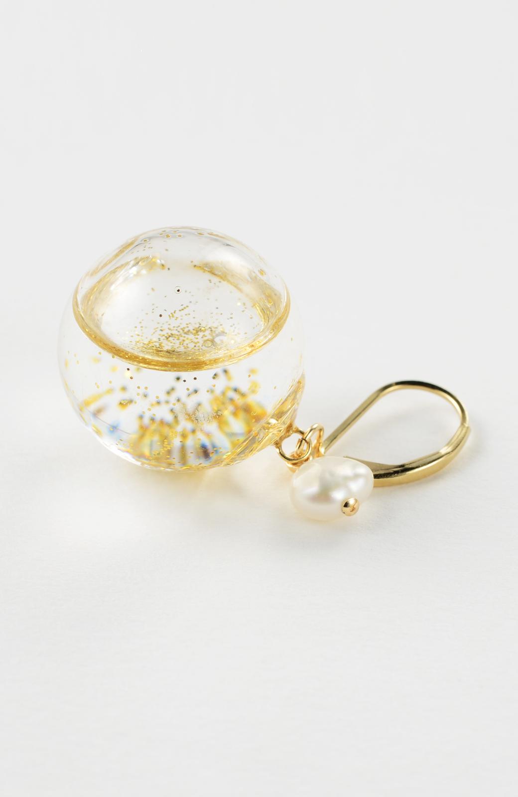 haco! てとひとて KANA MATSUNAMI チャリティー企画 Glass dome  French hookピアス <ゴールド>の商品写真5