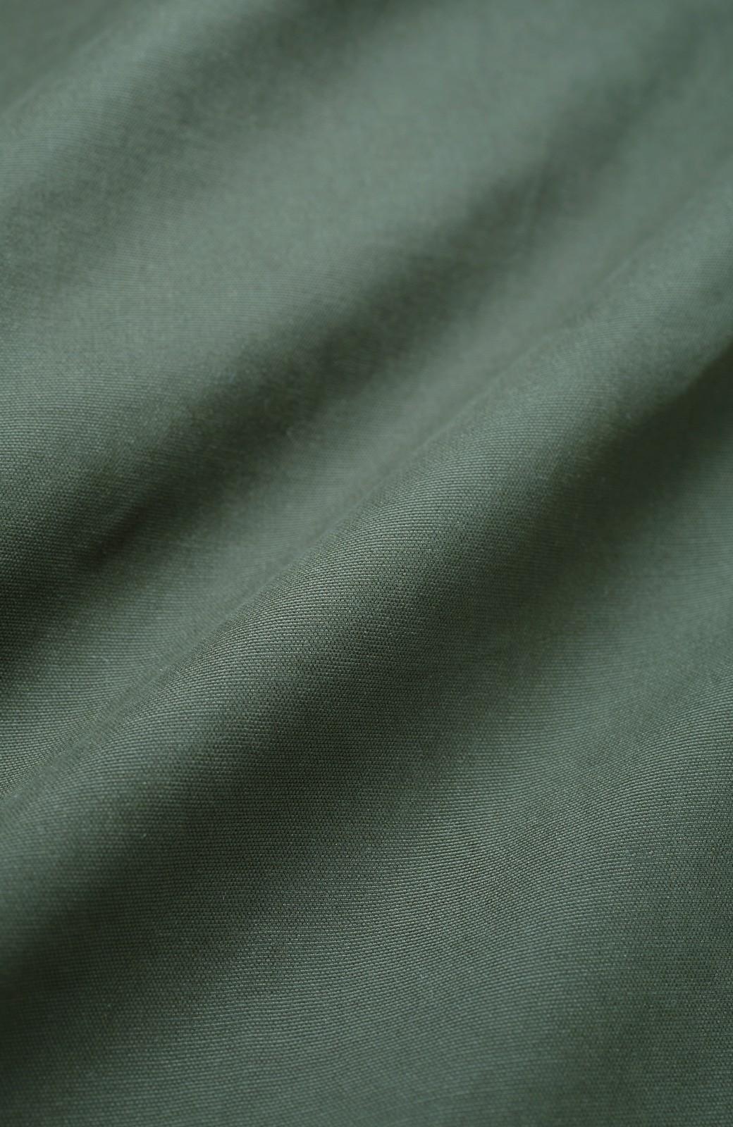 haco! パッと羽織ってかっこよく、きゅっと絞って女っぽい ウエストリボンロングコート <カーキ>の商品写真3
