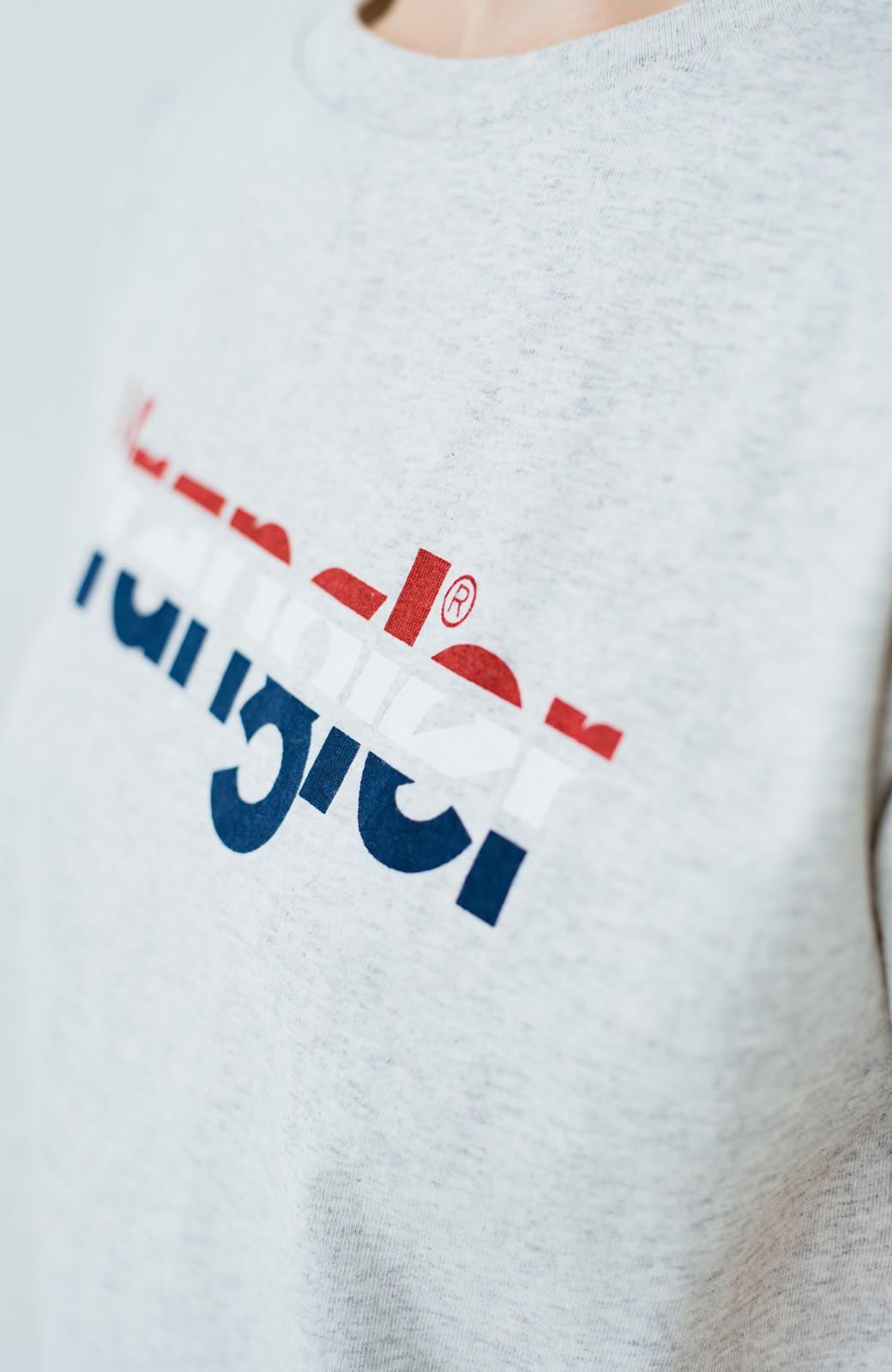 haco! Wrangler ロゴがかわいいクロップドTシャツ <グレー>の商品写真3