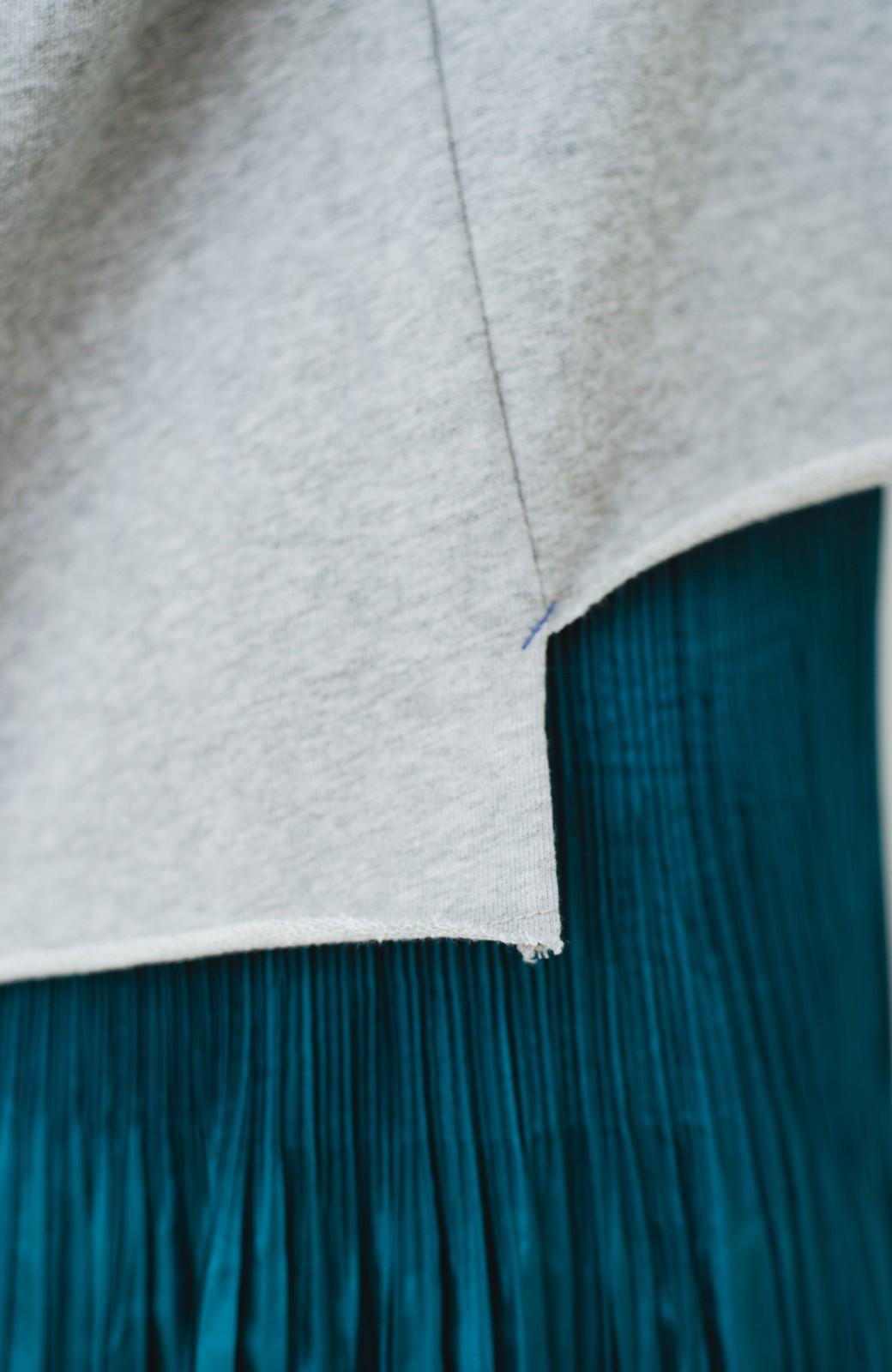 haco! 別注 Lee  ぷっくり袖がかわいい ロゴワッペンスウェット <杢グレー>の商品写真4