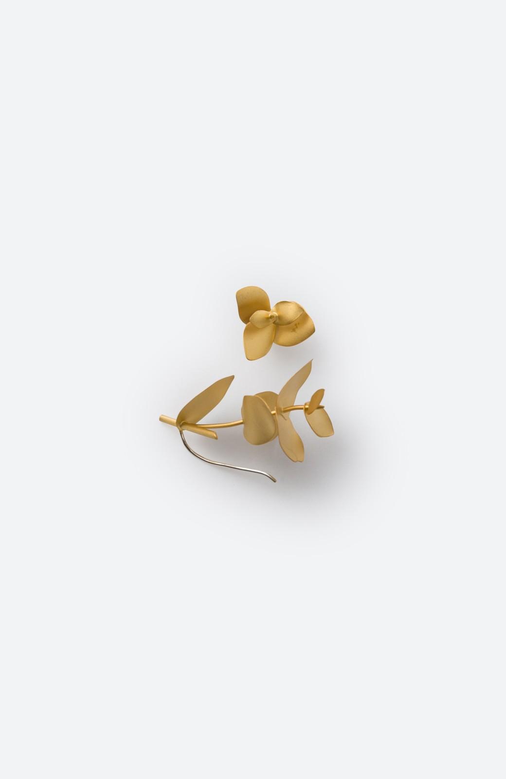 haco! てとひとて KANOE ユーカリ アシンメトリーピアス <ゴールド>の商品写真2