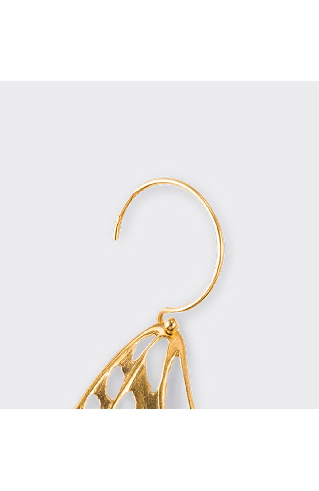 haco! てとひとて MARZO DERICATE AIR ゴールドピアス(蝶の羽)  <ゴールド>の商品写真5