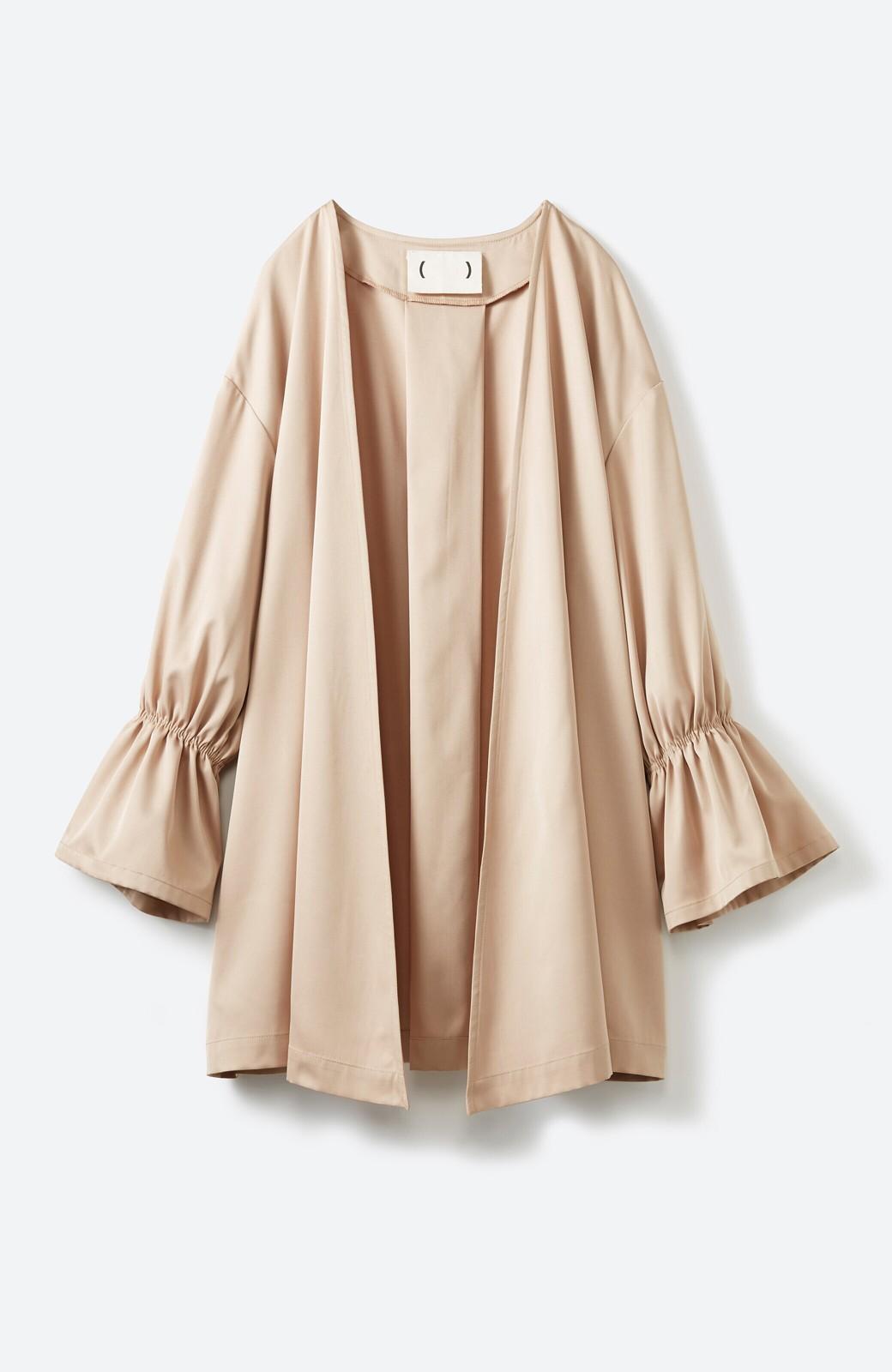 haco! ただ羽織るだけでオシャレに見える 気軽なフレアースリーブコート <ベージュ>の商品写真2