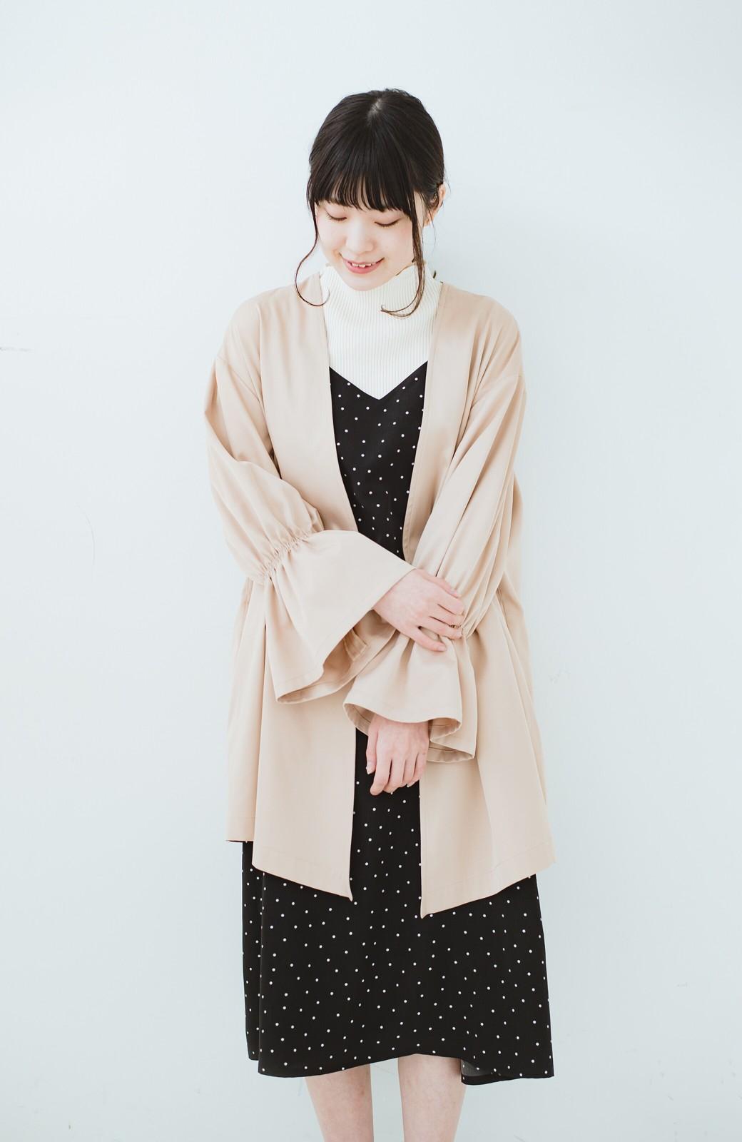 haco! ただ羽織るだけでオシャレに見える 気軽なフレアースリーブコート <ベージュ>の商品写真9