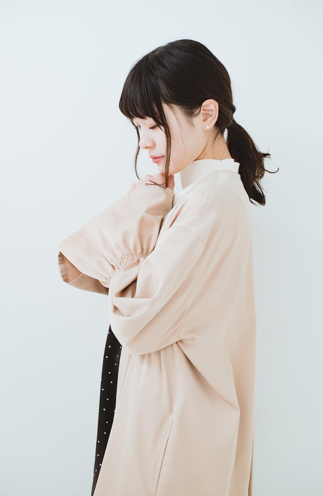 haco! ただ羽織るだけでオシャレに見える 気軽なフレアースリーブコート <ベージュ>の商品写真11