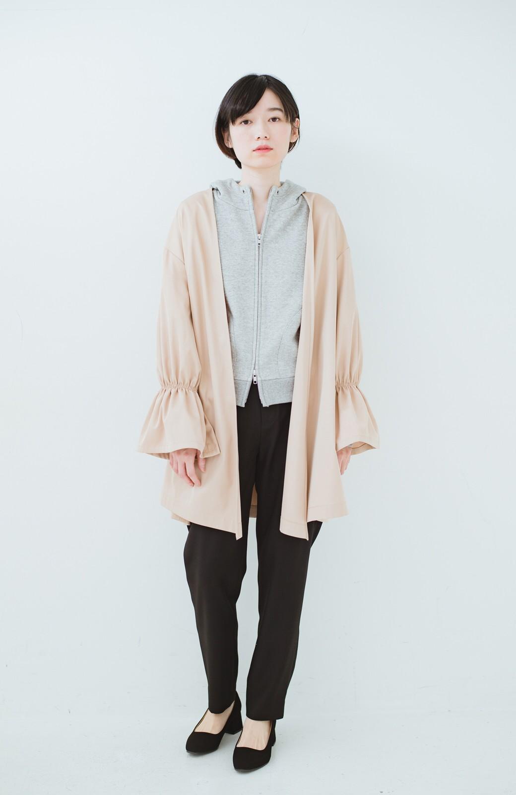 haco! ただ羽織るだけでオシャレに見える 気軽なフレアースリーブコート <ベージュ>の商品写真5