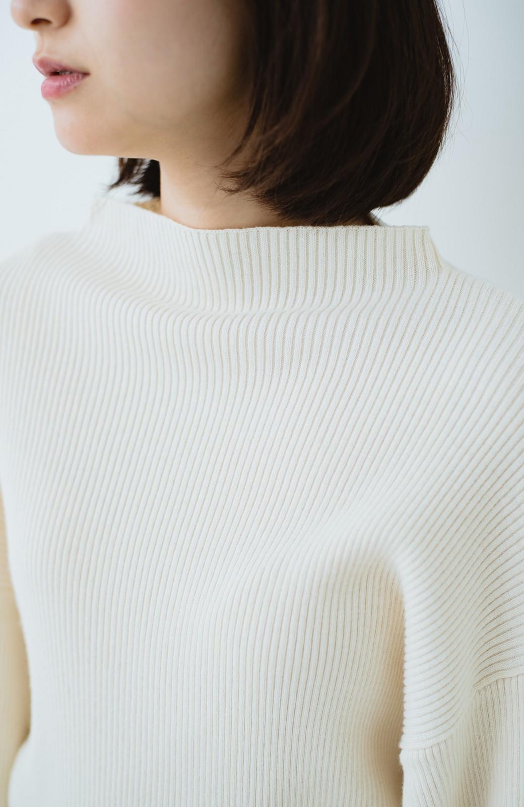 haco! シルク混素材のぷっくり袖リブニット <オフホワイト>の商品写真2