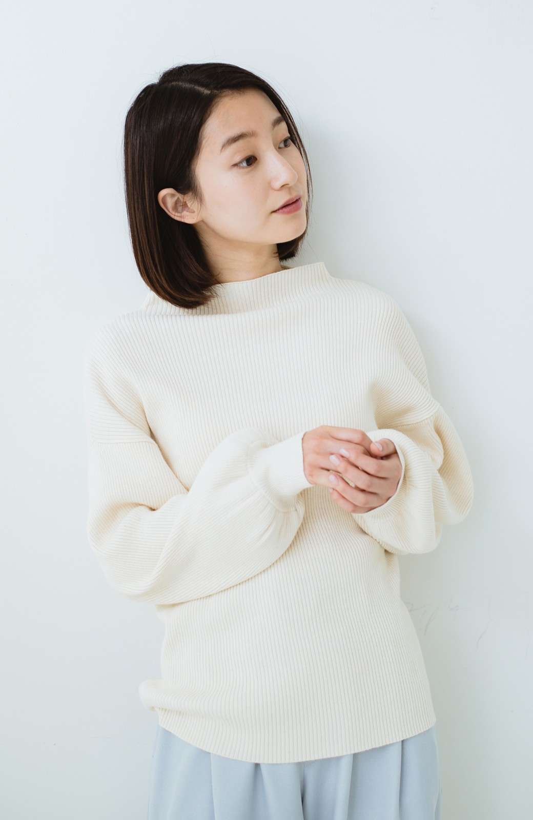 haco! シルク混素材のぷっくり袖リブニット <オフホワイト>の商品写真9