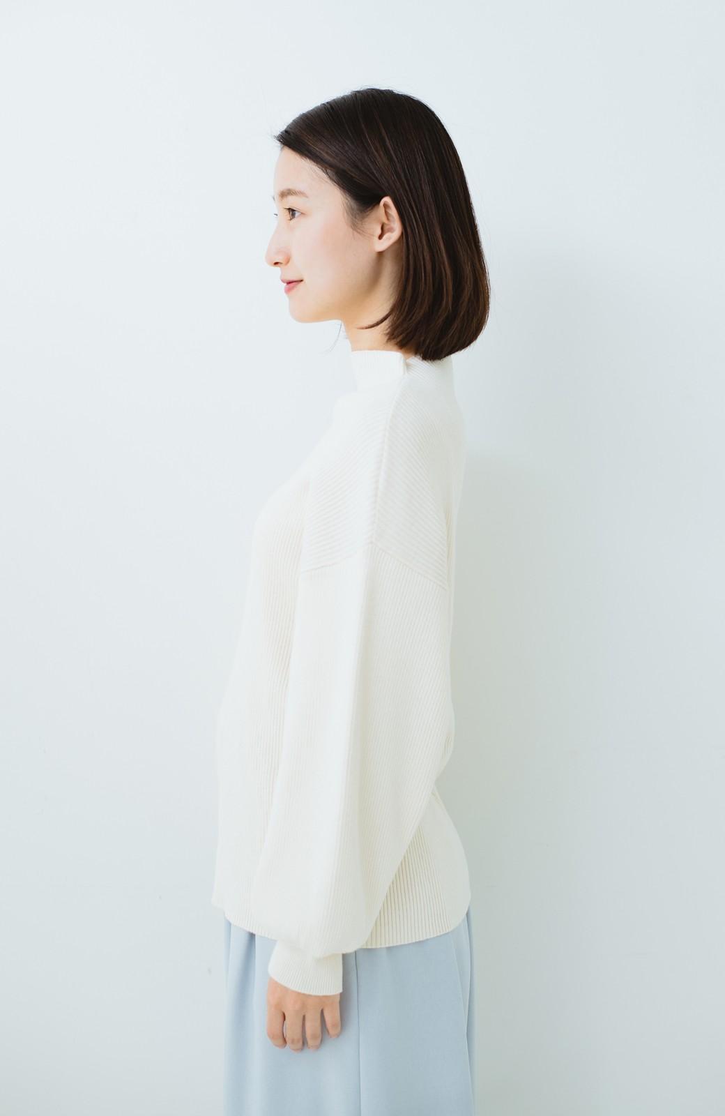 haco! シルク混素材のぷっくり袖リブニット <オフホワイト>の商品写真11