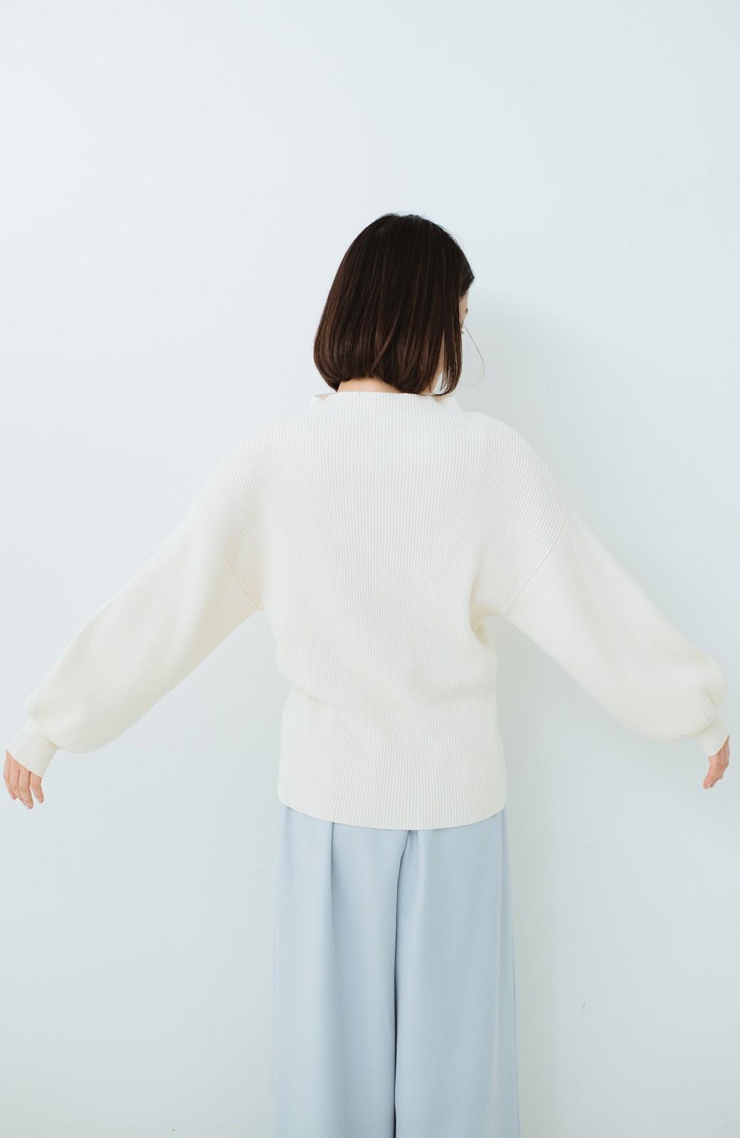 haco! シルク混素材のぷっくり袖リブニット <オフホワイト>の商品写真13