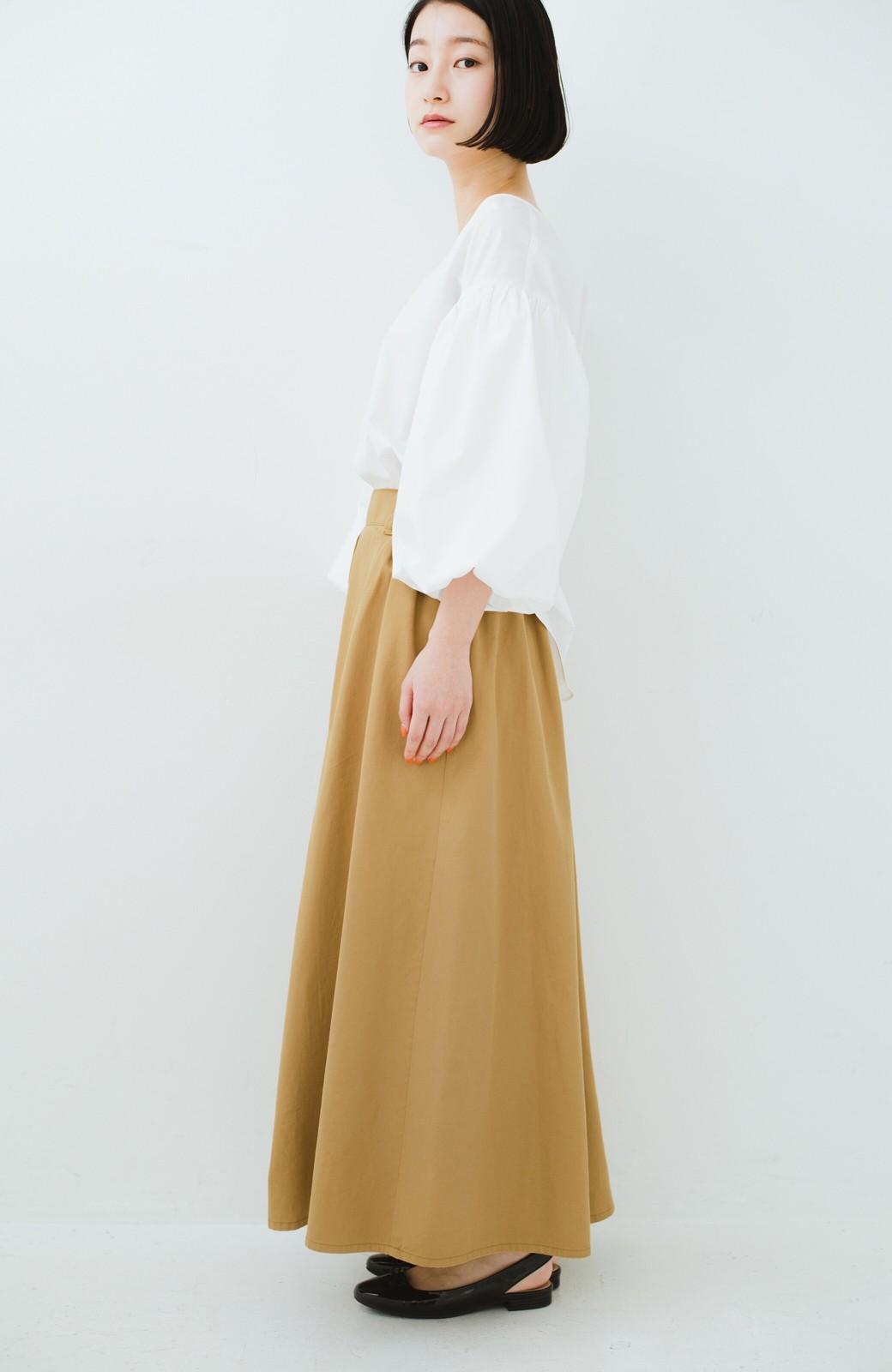 haco! ロングシーズン楽しめる タックボリュームのチノロングスカート <ベージュ>の商品写真13