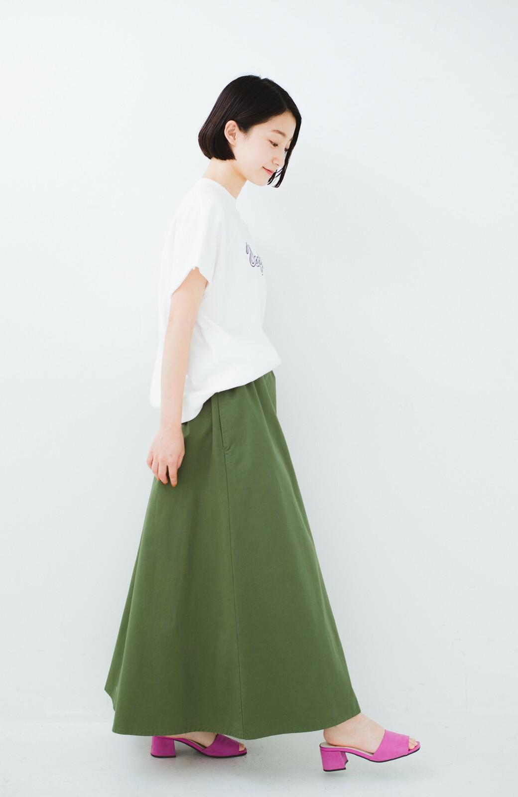 haco! ロングシーズン楽しめる タックボリュームのチノロングスカート <カーキ>の商品写真14