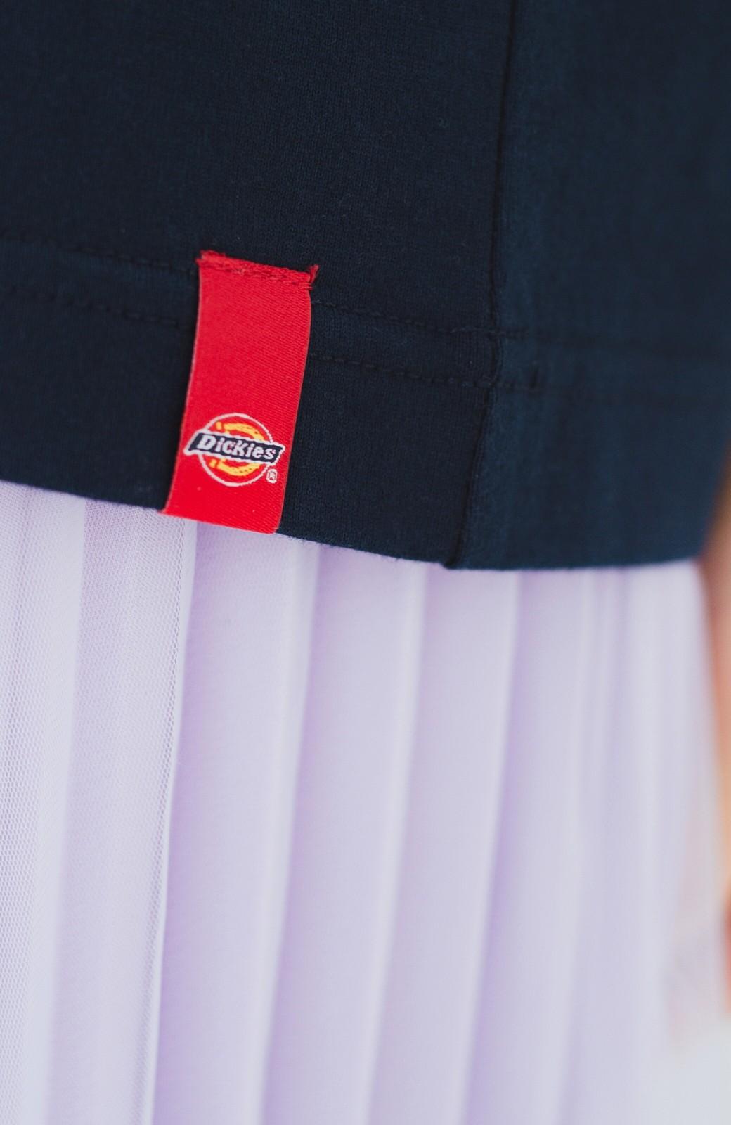 haco! Dickies 別注 ワイドボトムスと相性がいいボックスロゴTシャツ <ネイビー>の商品写真3