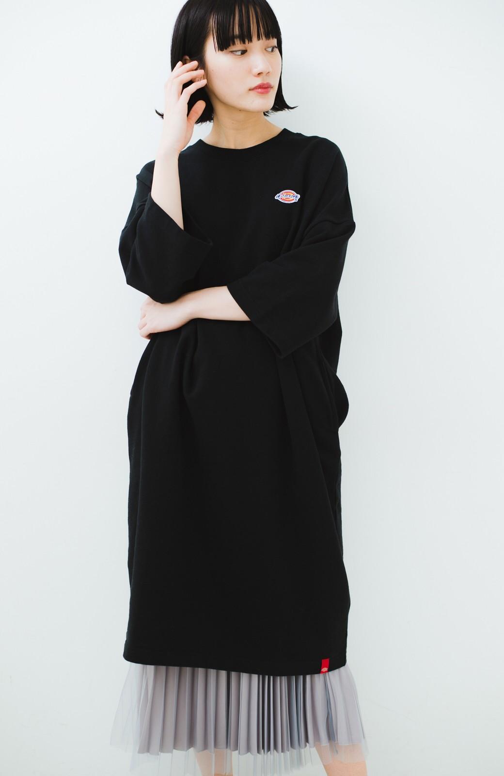haco! Dickies 別注 ロングシーズン着られるワッペン付きスウェットコクーンワンピース <ブラック>の商品写真16