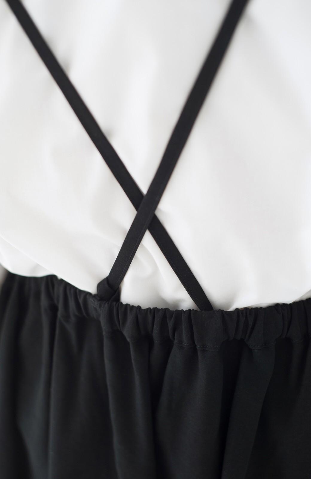 haco! シンプルな服に合わせるだけでかわいいエプロンワンピース <ブラック>の商品写真4