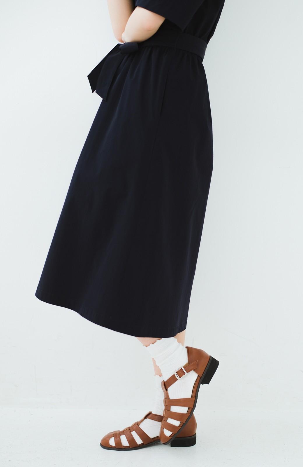 haco! 靴下でも素足でも合う 本革風編み込みサンダル <ブラウン>の商品写真11