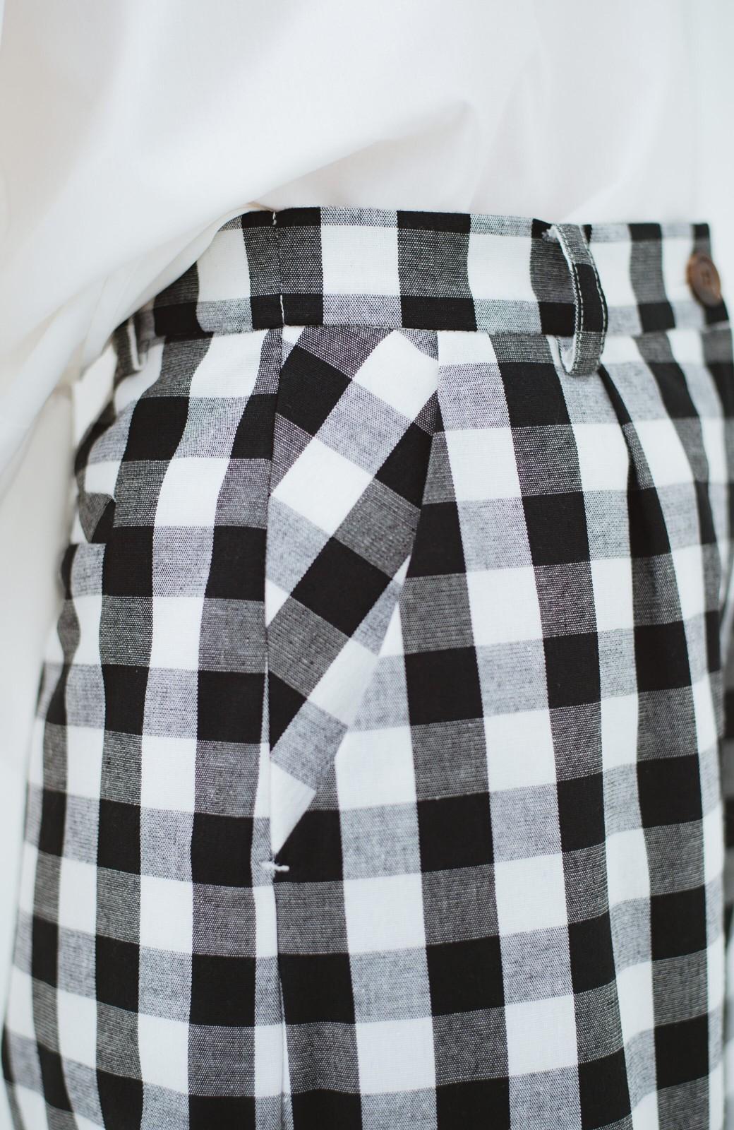 haco! モノトーンだってかわいく着られる 華やぎギンガムチェックパンツ <ブラック>の商品写真8