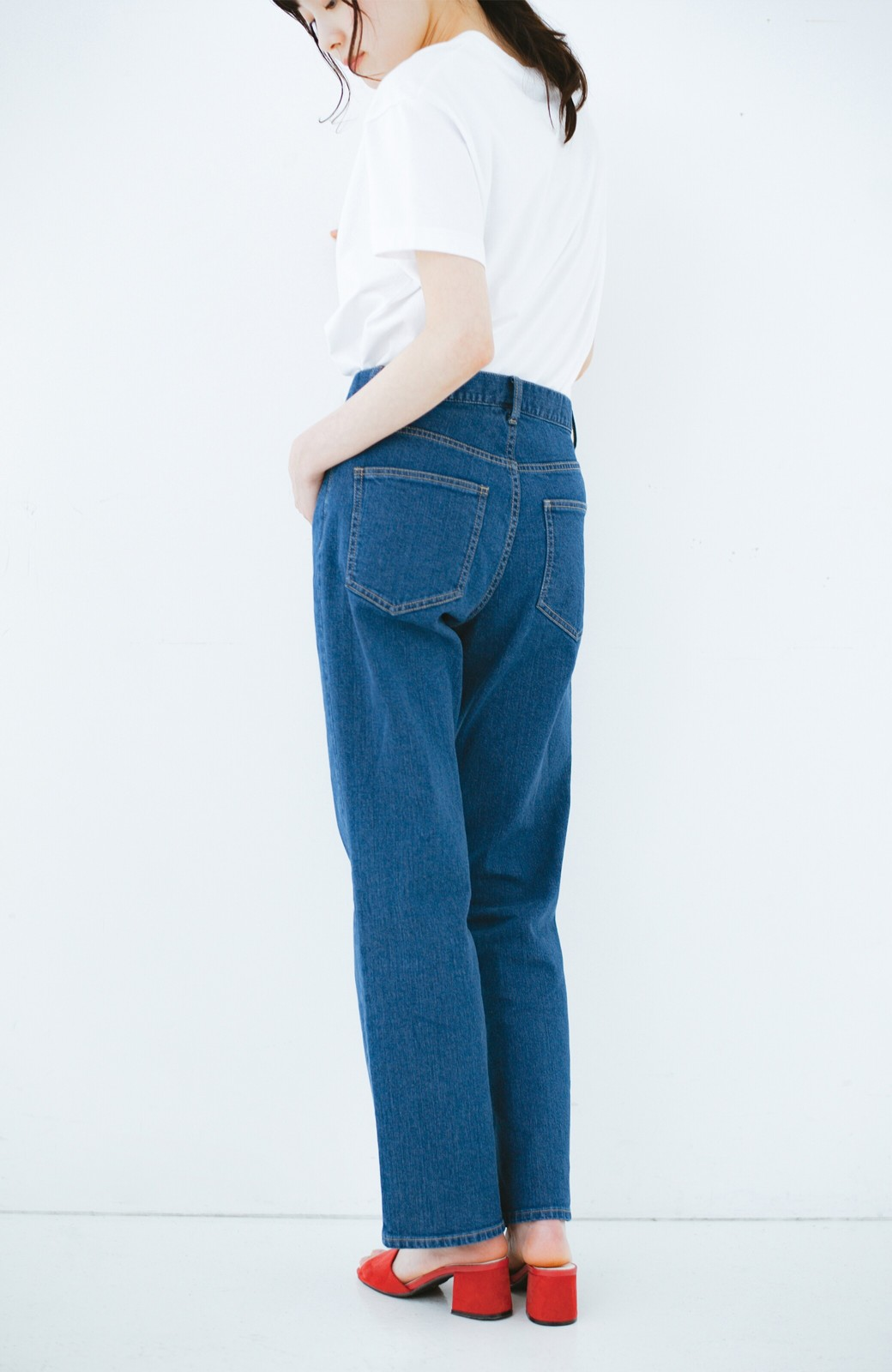 haco! 見た目-2キロ?!な気がするきれいなシルエットのデニムパンツ by que made me <インディゴブルー>の商品写真17