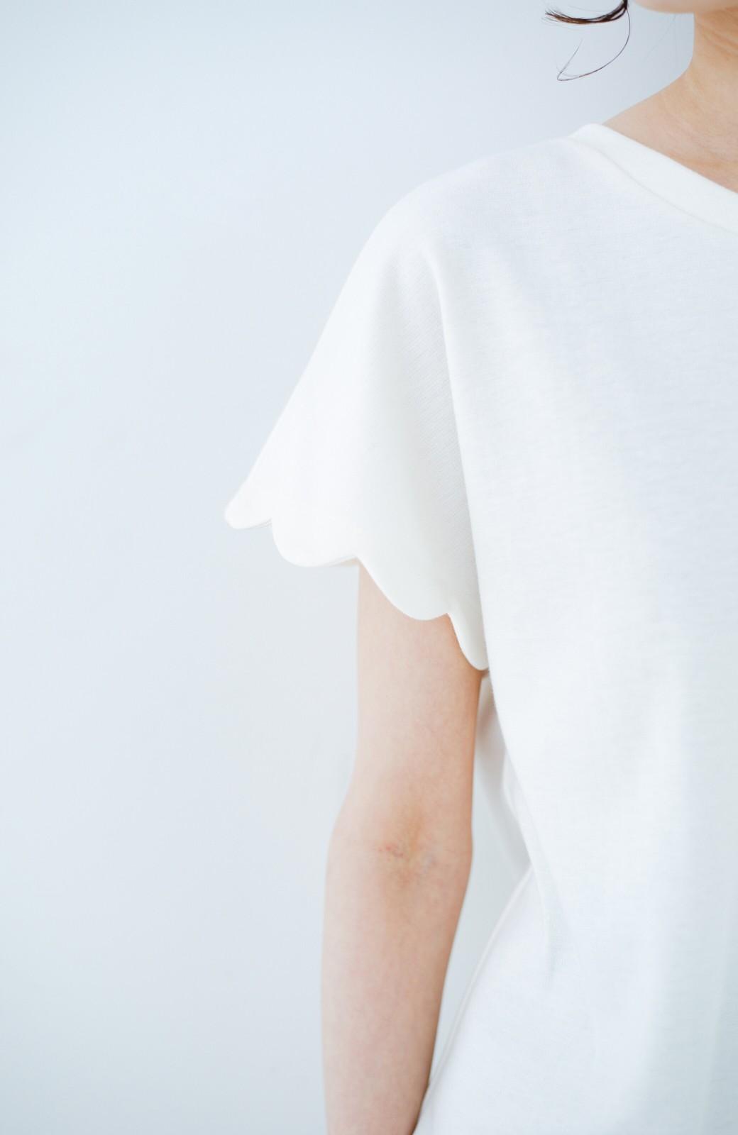 haco! haco! いつものTシャツよりかわいげご用意 スカラップカットソートップス <ホワイト>の商品写真3