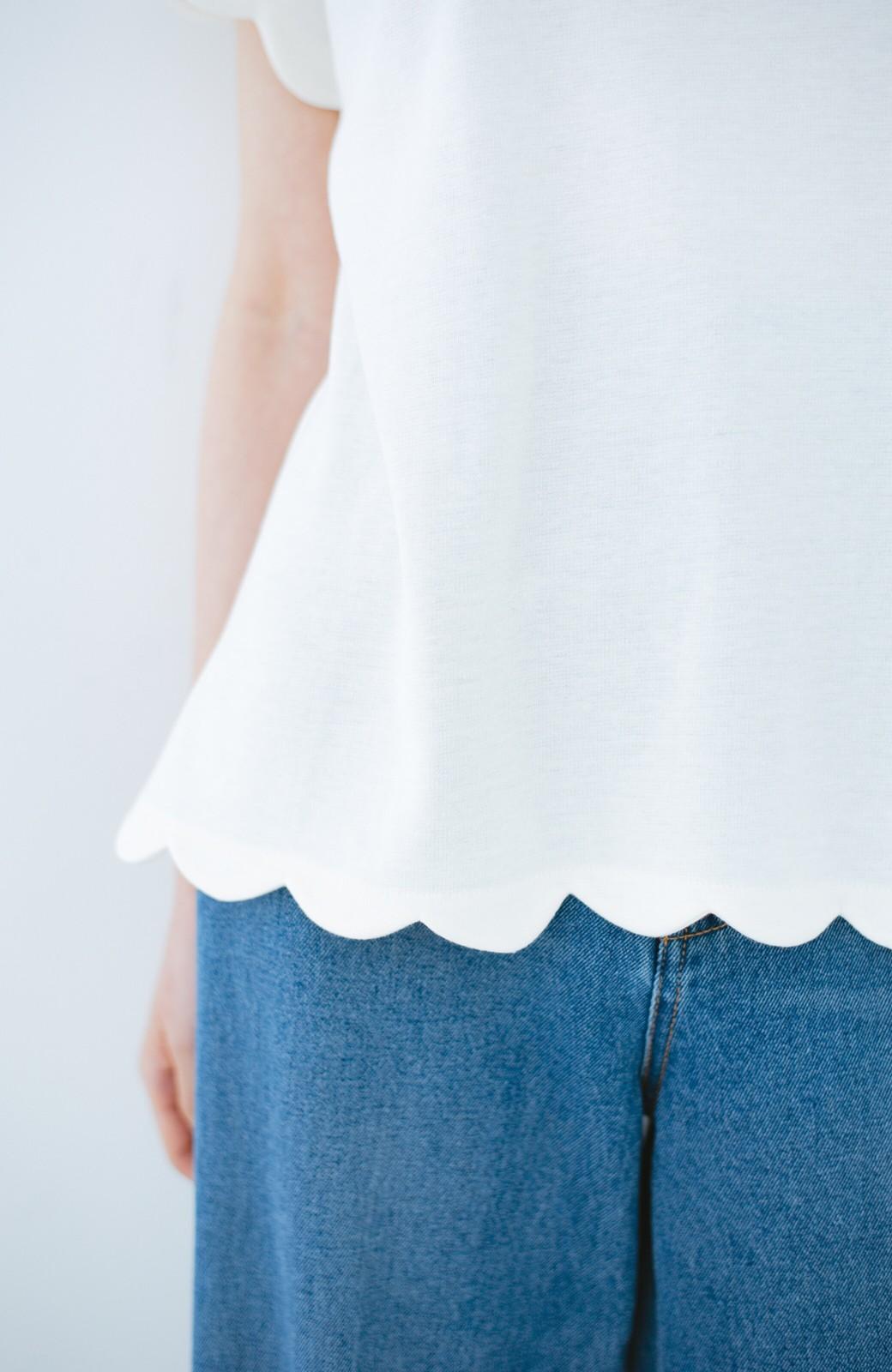 haco! haco! いつものTシャツよりかわいげご用意 スカラップカットソートップス <ホワイト>の商品写真4