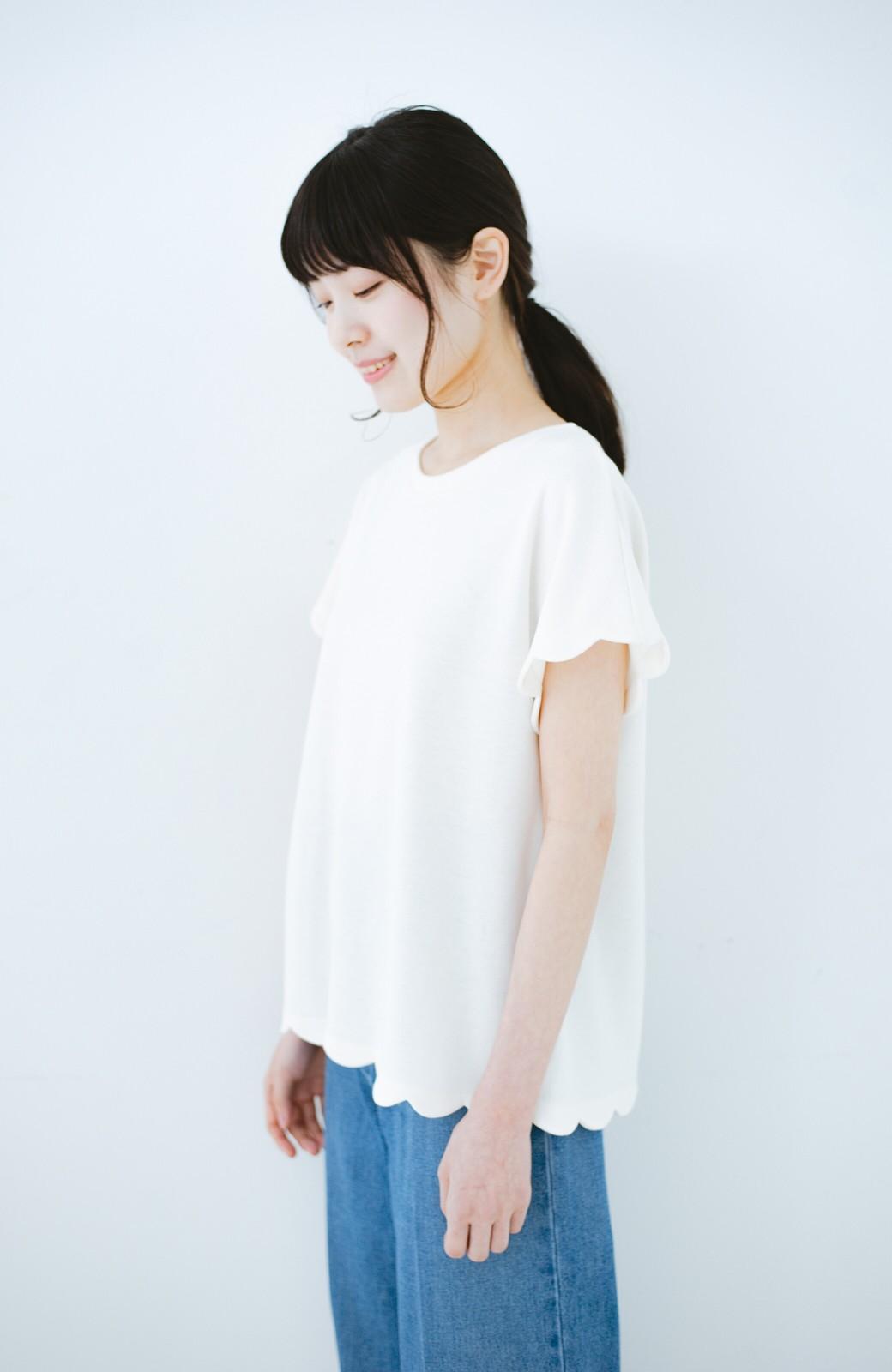 haco! haco! いつものTシャツよりかわいげご用意 スカラップカットソートップス <ホワイト>の商品写真9