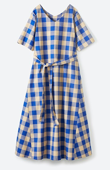 haco! さらっと着られて1枚でサマになるリボンベルト付きチェックロングワンピース <ブルー>の商品写真