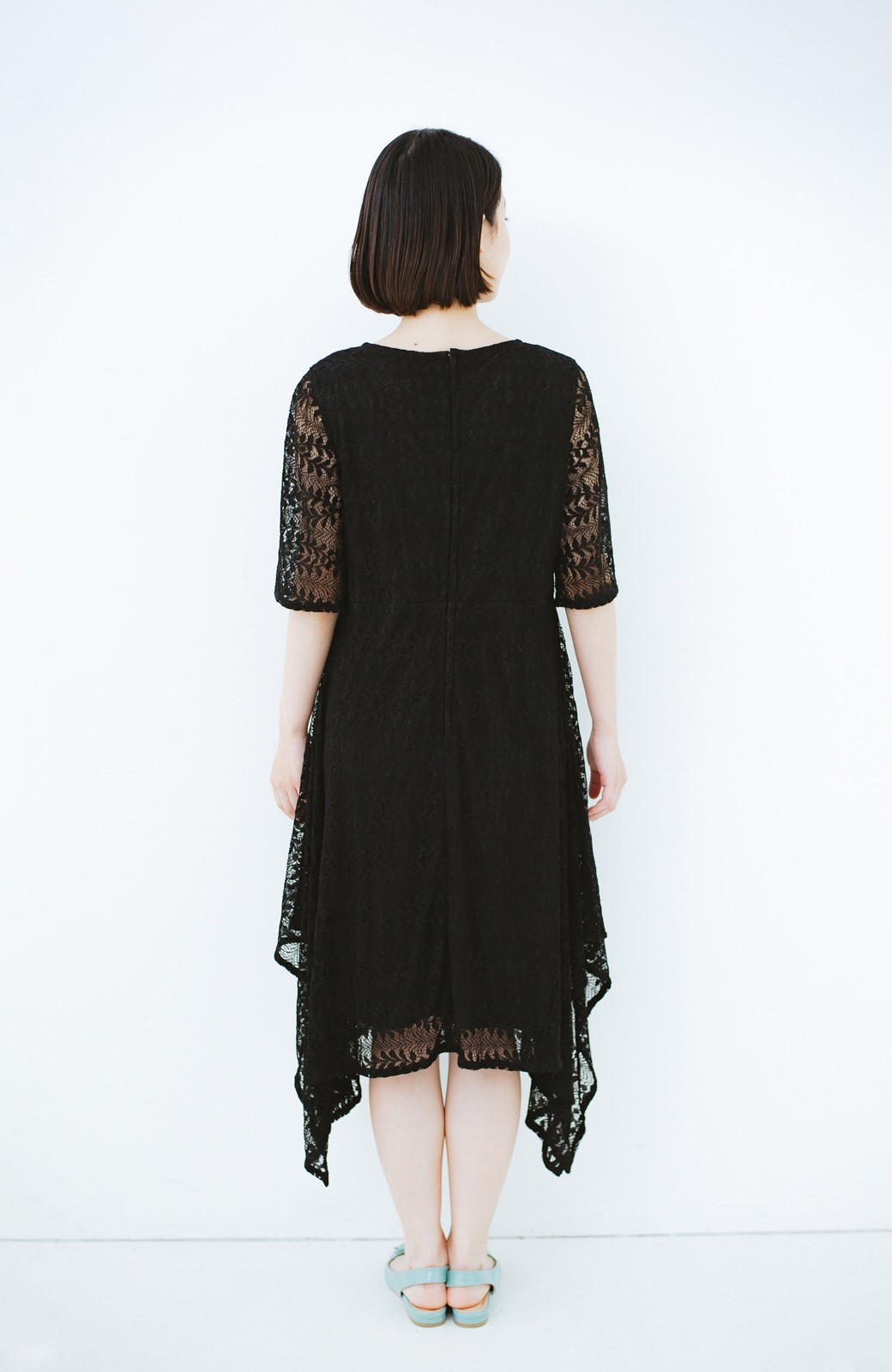 haco! 結婚式にも便利!スカートのドレープがきれいなレースワンピース <ブラック>の商品写真11