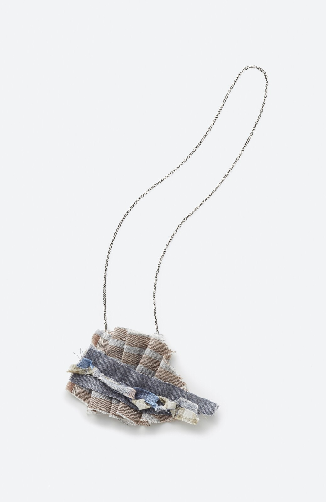 haco! PBP minne作家 tieさんと作ったオーガニックコットンのブローチにもなるネックレス付きブラウス by haco!×minne one+more project  <ピンク>の商品写真3